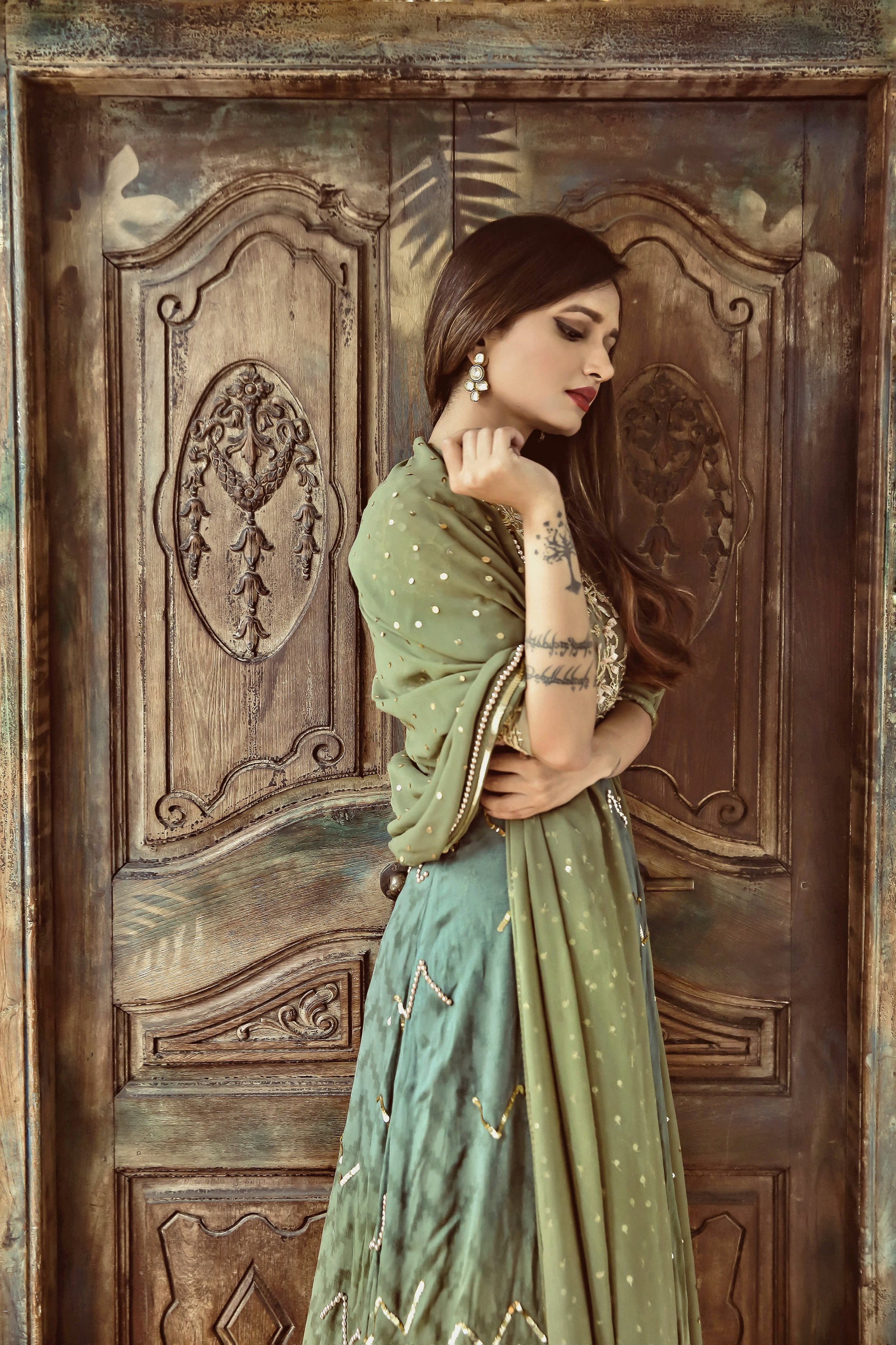 The-Chic-Armoire-by-Nidhi-Kunder-Ohaila-Khan-1