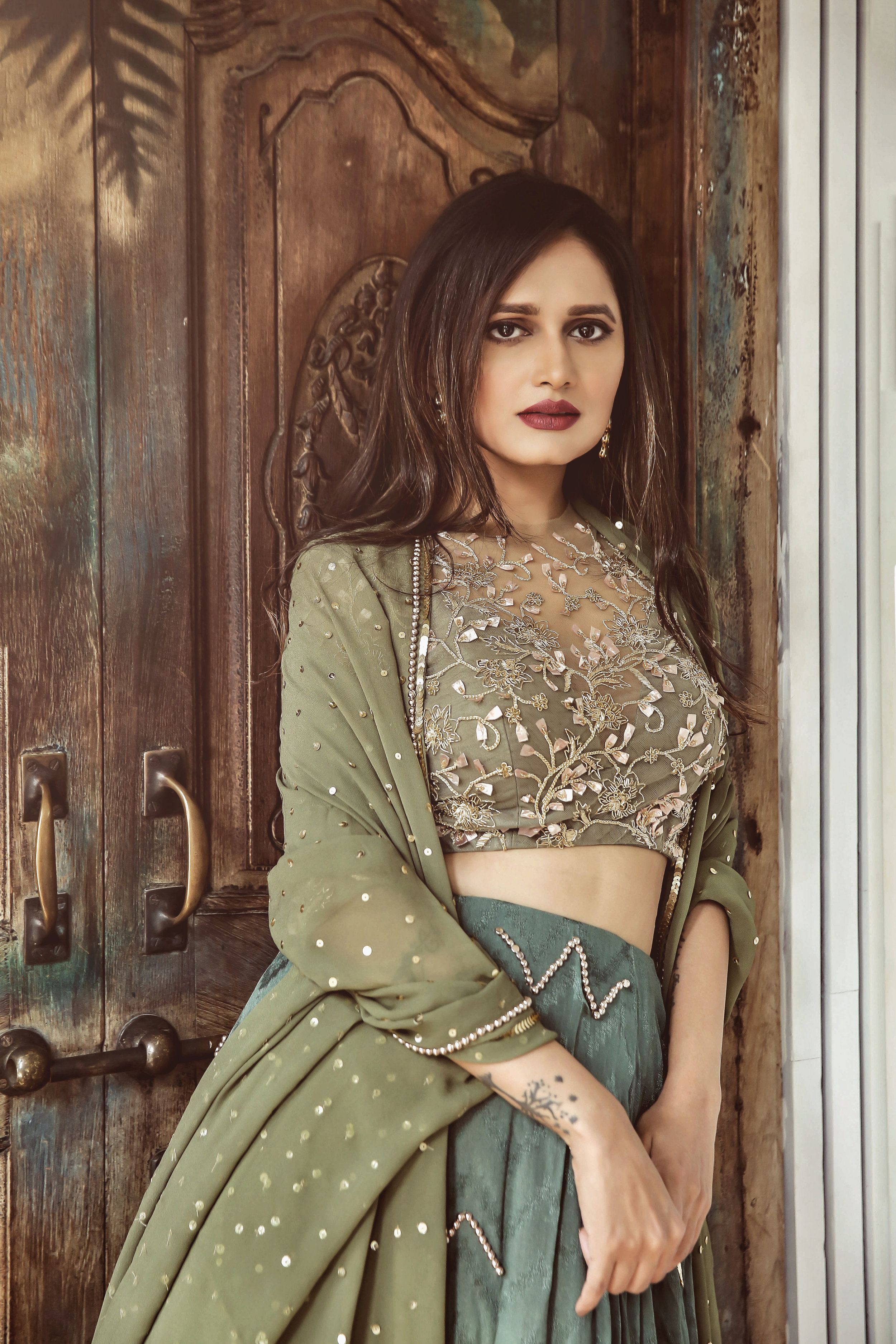 The-Chic-Armoire-by-Nidhi-Kunder-Ohaila-Khan-5