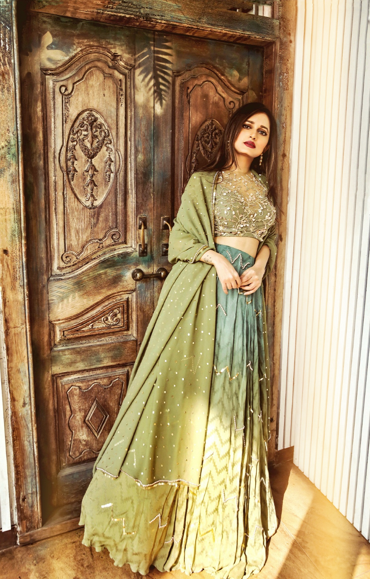 The-Chic-Armoire-by-Nidhi-Kunder-Ohaila-Khan-11
