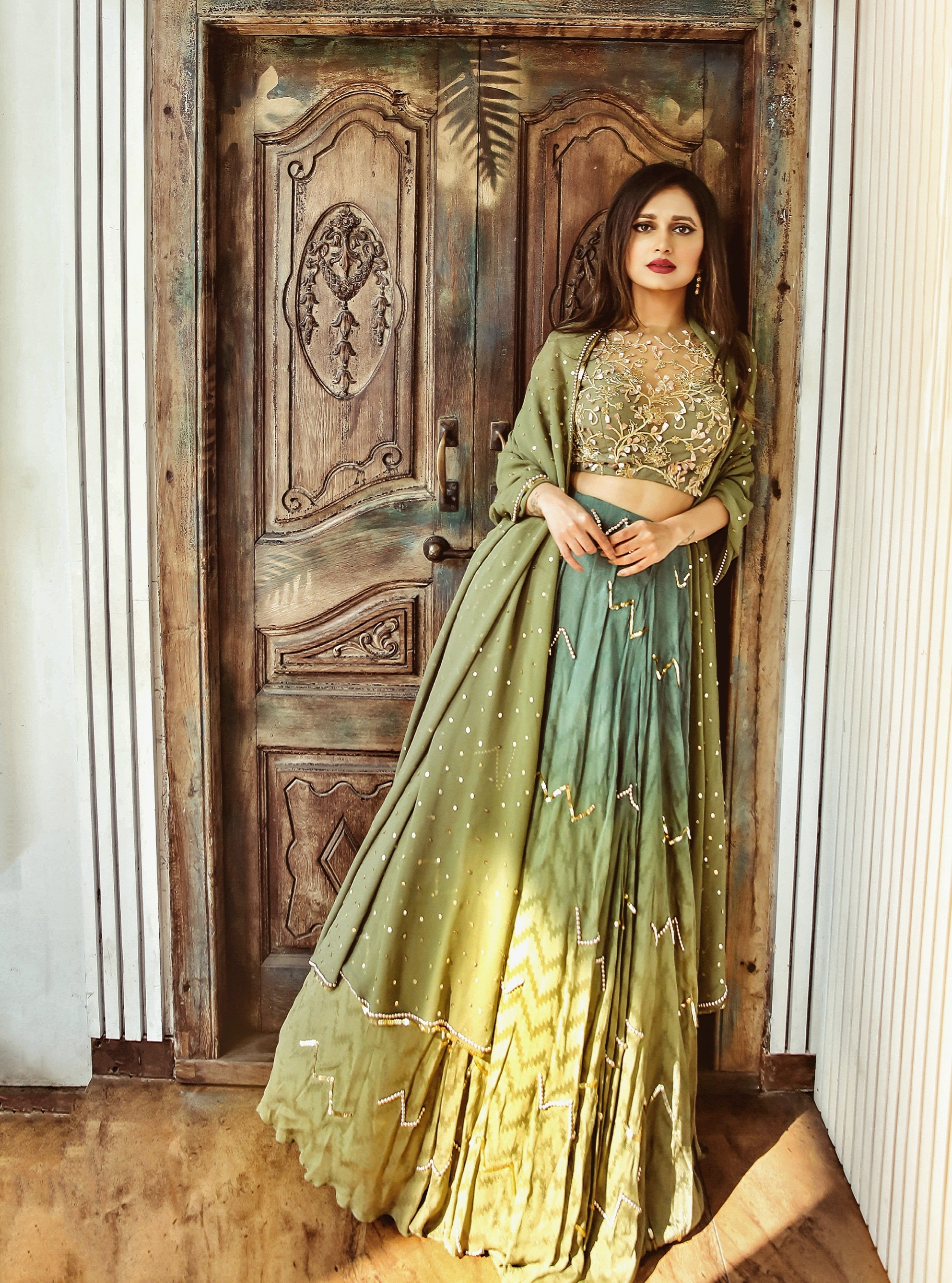 The-Chic-Armoire-by-Nidhi-Kunder-Ohaila-Khan-10