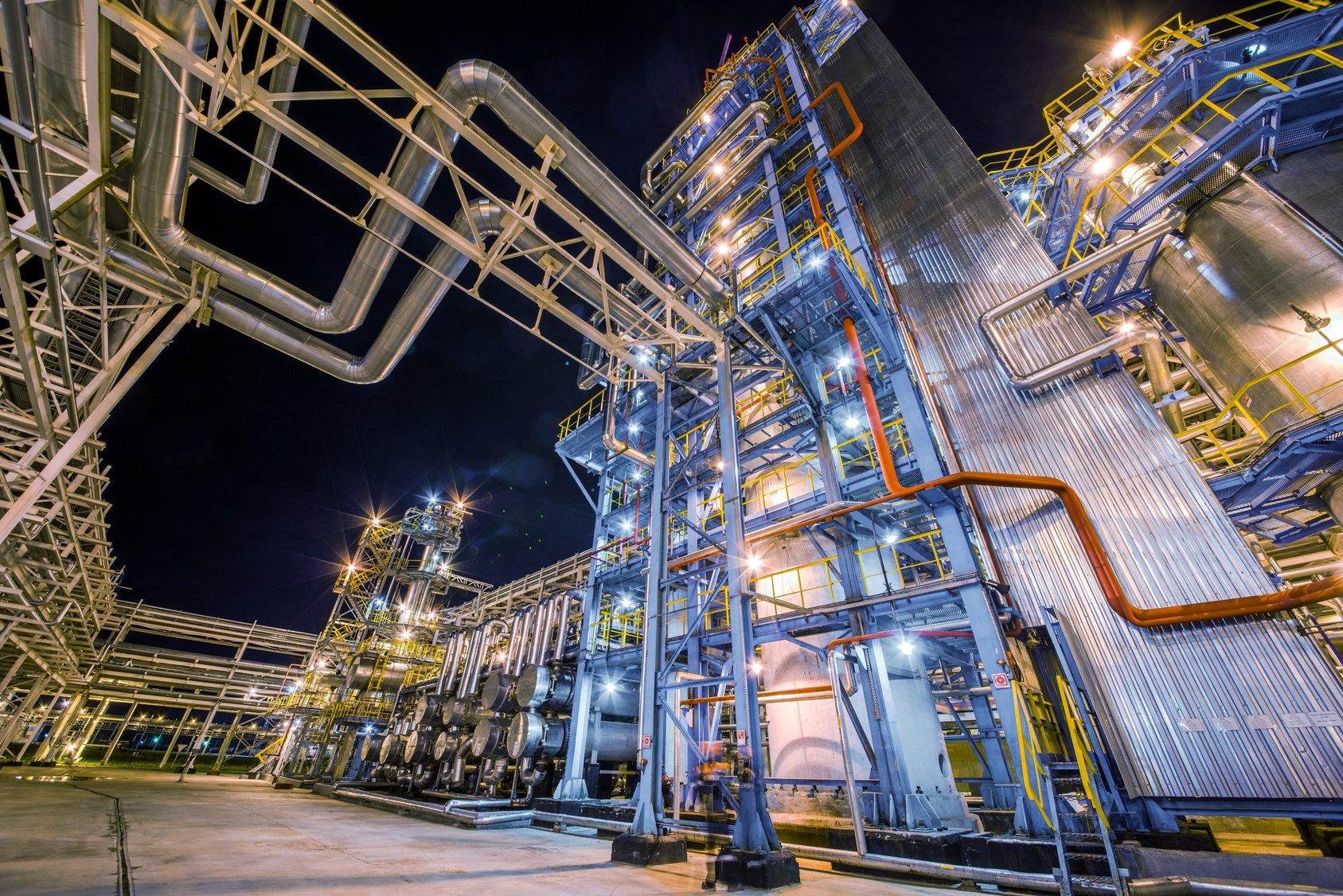 oil_gas_refinery.jpg