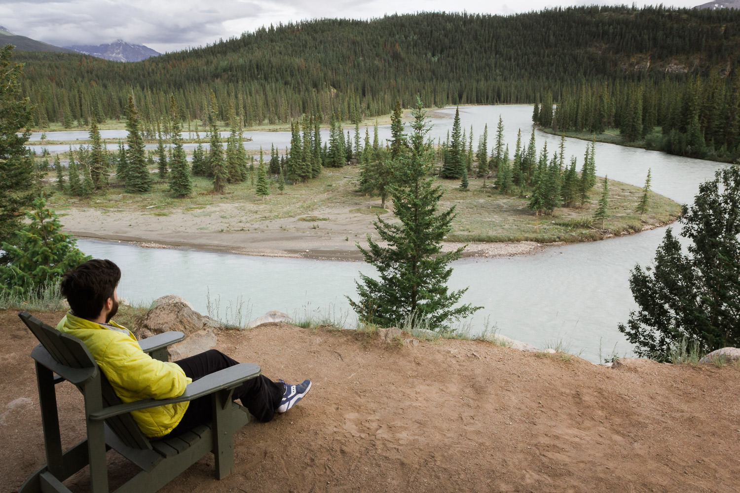 We spent two glorious nights in a tiny cabin nestled in Jasper National Park soaking up some much-needed R&R.Heaven!