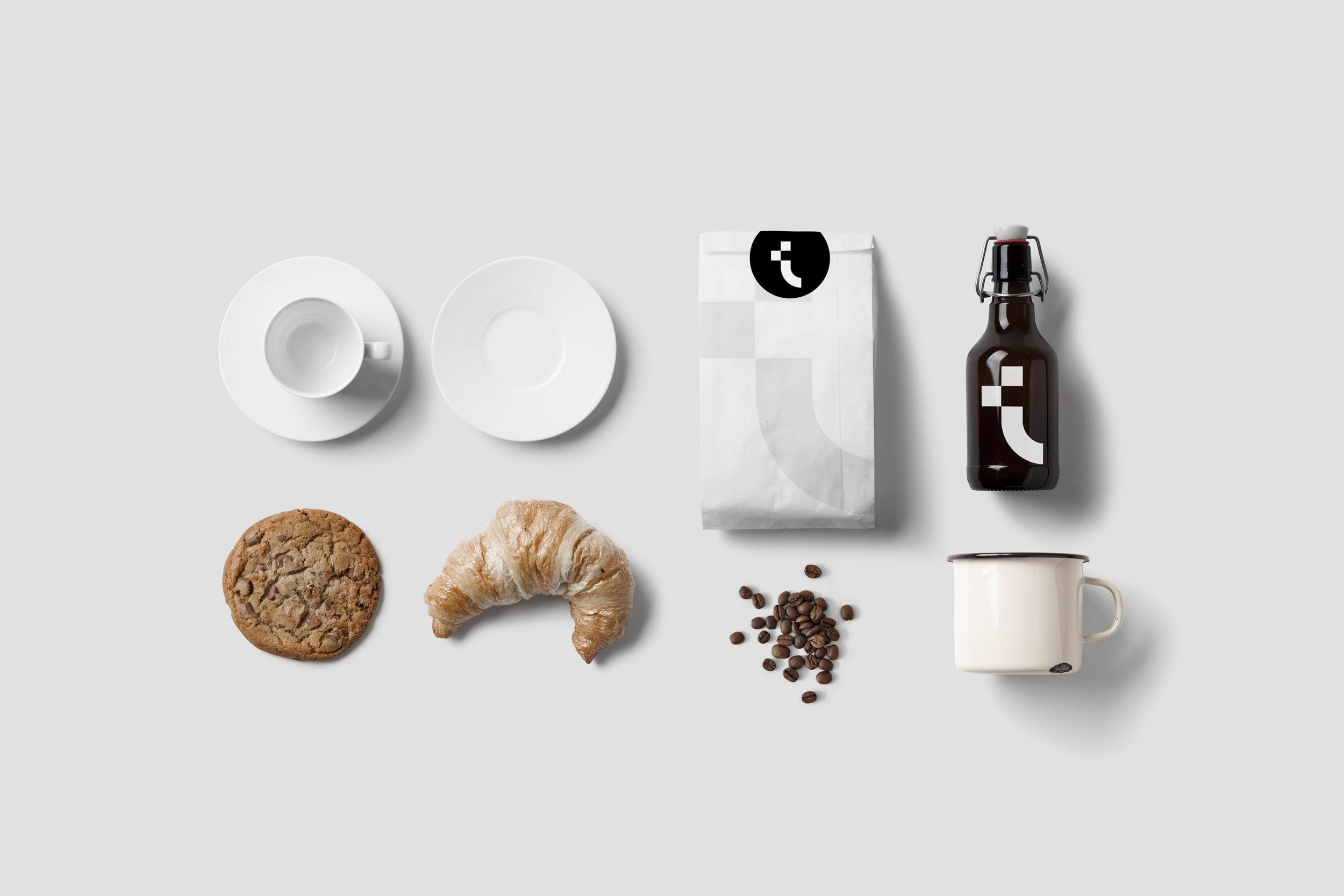 05_Coffee_Stationery_Mockup.jpg