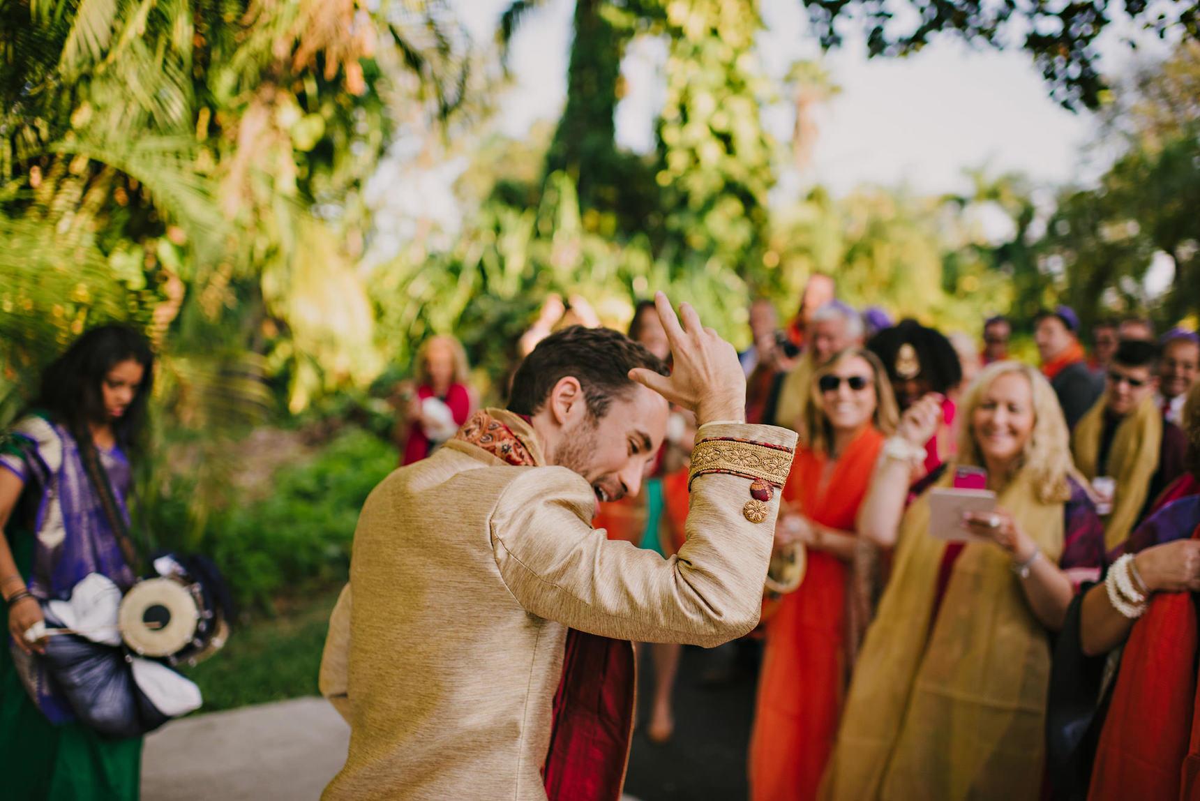 miami-luxury-catering-Wedding-Photography-46(pp_w1720_h1148).jpg