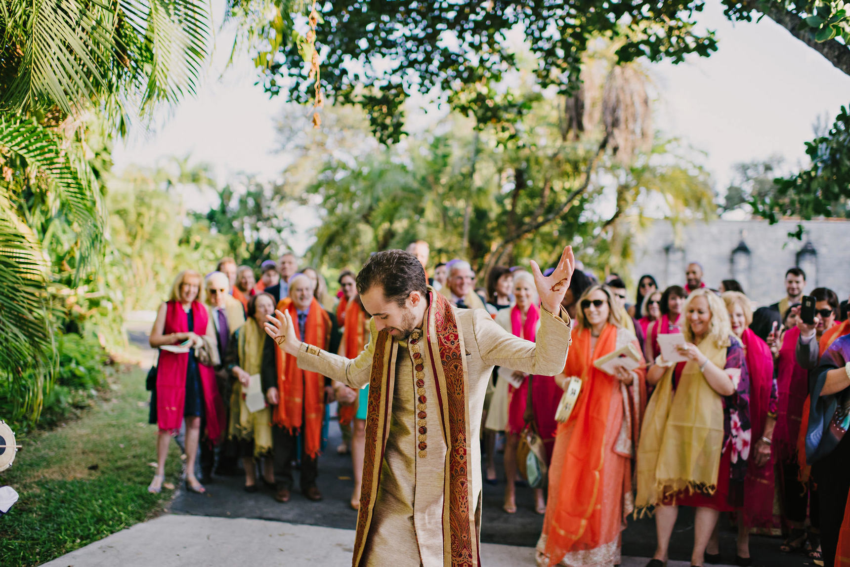 miami-luxury-catering-Wedding-Photography-48(pp_w1720_h1148).jpg