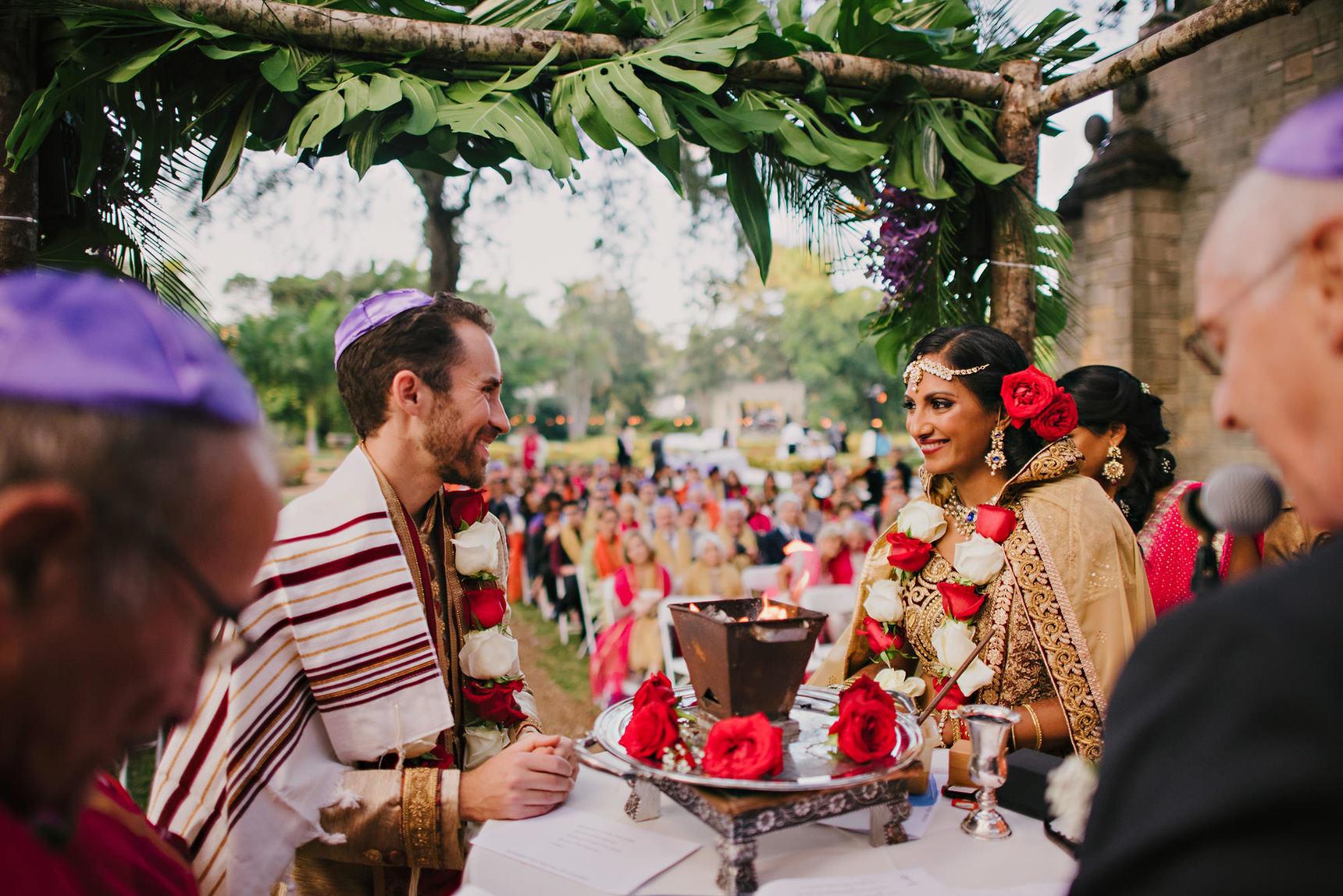 miami-luxury-catering-Wedding-Photography-71(pp_w1720_h1148).jpg