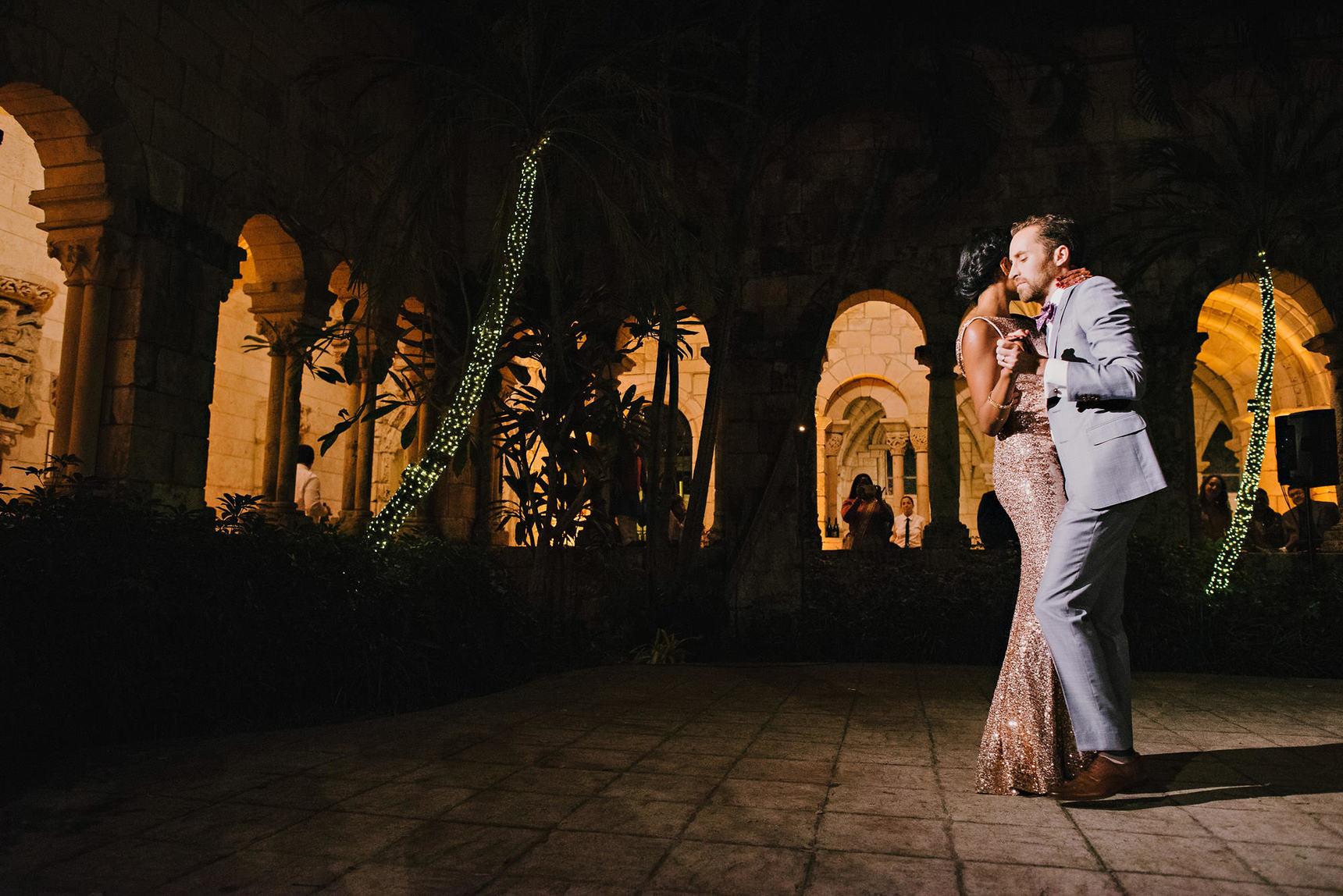 miami-luxury-catering-Wedding-Photography-87(pp_w1720_h1148).jpg