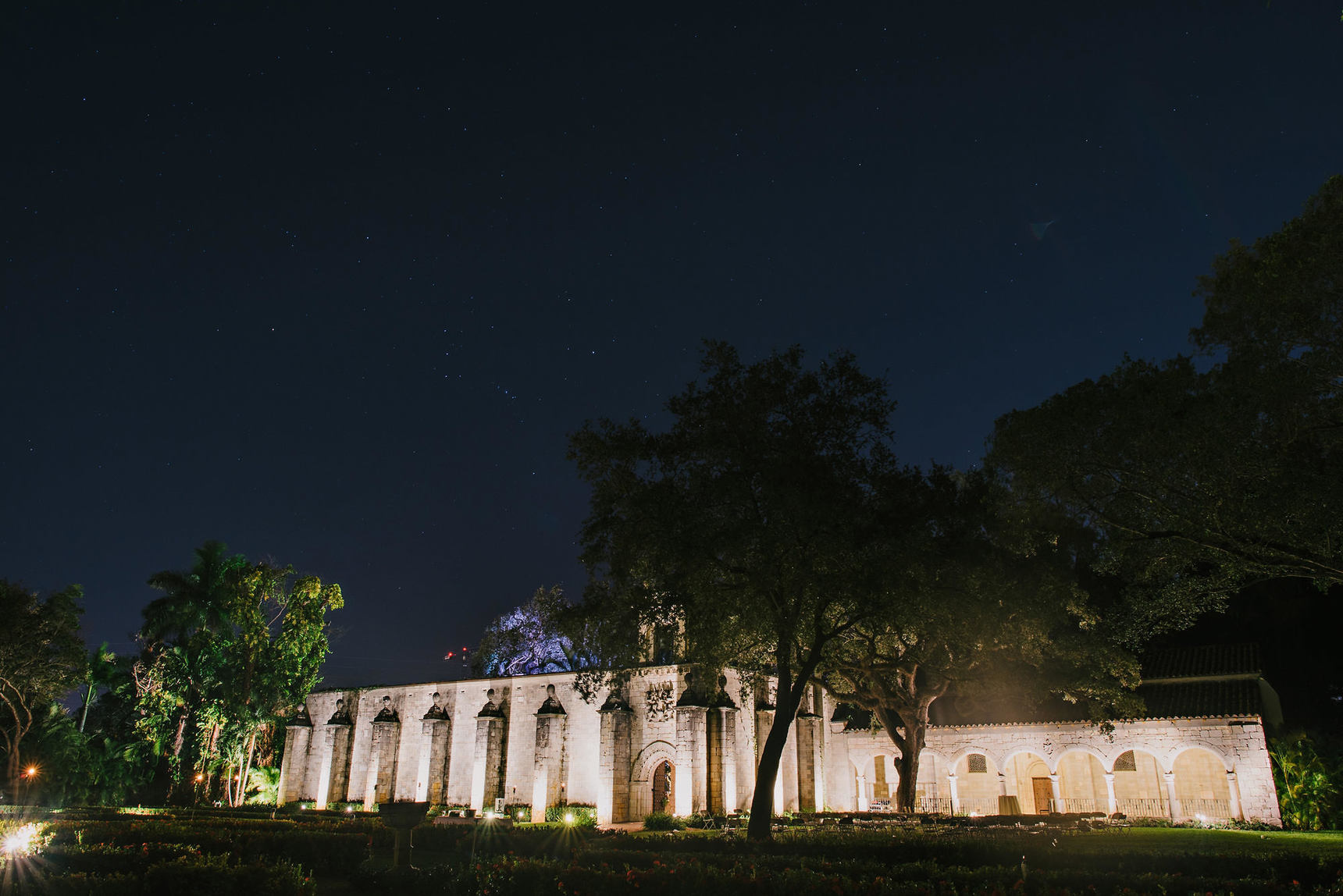 miami-luxury-catering-Wedding-Photography-113(pp_w1720_h1148).jpg