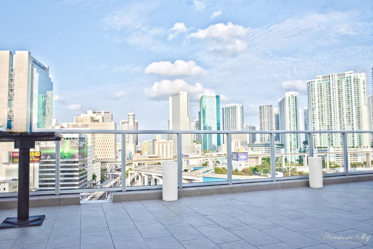 miami-luxury-catering-riverside-penthouse.jpg