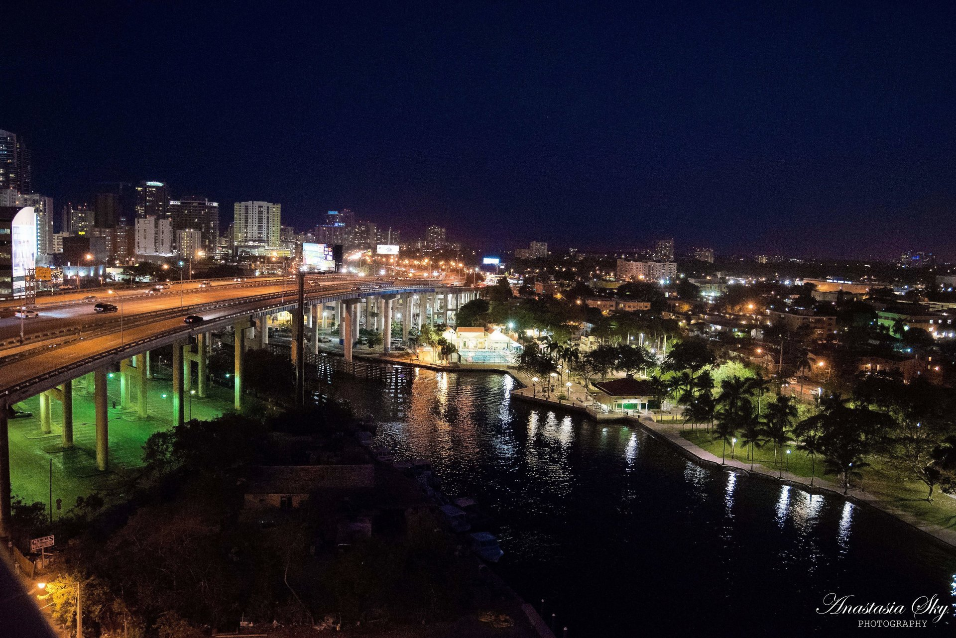 miami-luxury-catering-riverside-penthouse-view.jpg