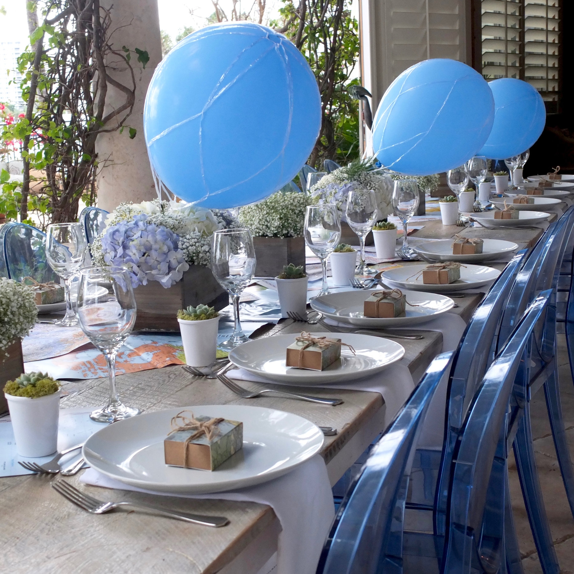 IT'S A BOY! CELEBRATING BABY WITH A BEAUTIFUL TRAVEL THEMED BRUNCH  | A diverse menu was served with vegan options for the family.