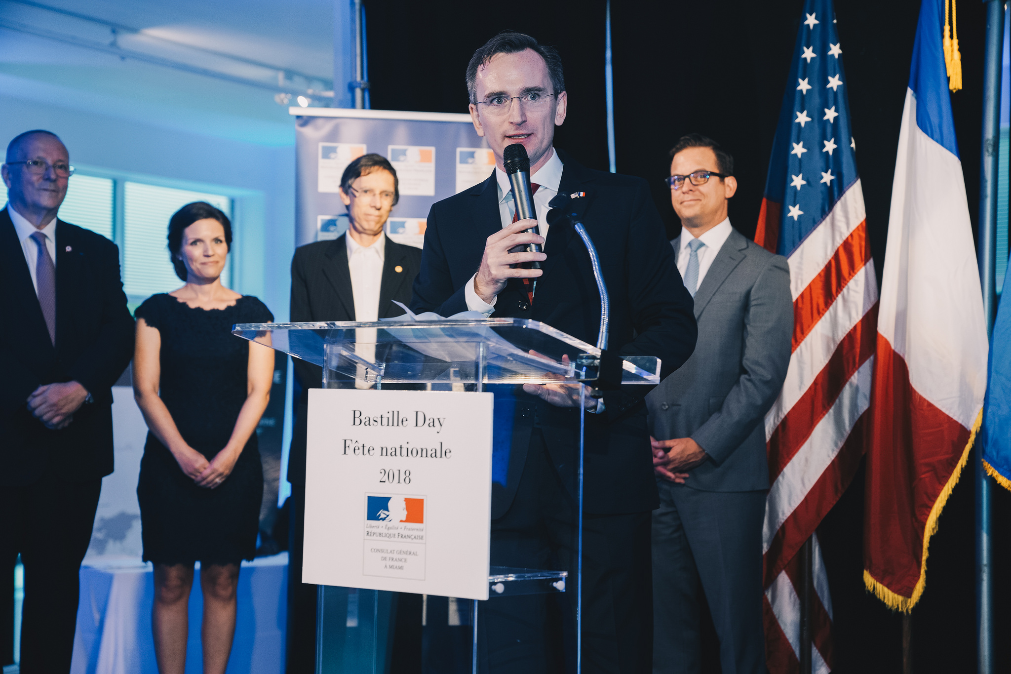 In Front: French Consul, Clément Leclerc | Left to Right: Xavier Capdevielle (conseiller consulaire), Mme. Erin Leclerc, Philip Stoddard (Mayor of South Miami),  Dean Trantalis (Mayor of Fort Lauderdale) and the Lieutenant-Gouverneur of Florida : Carlos López-Cantera
