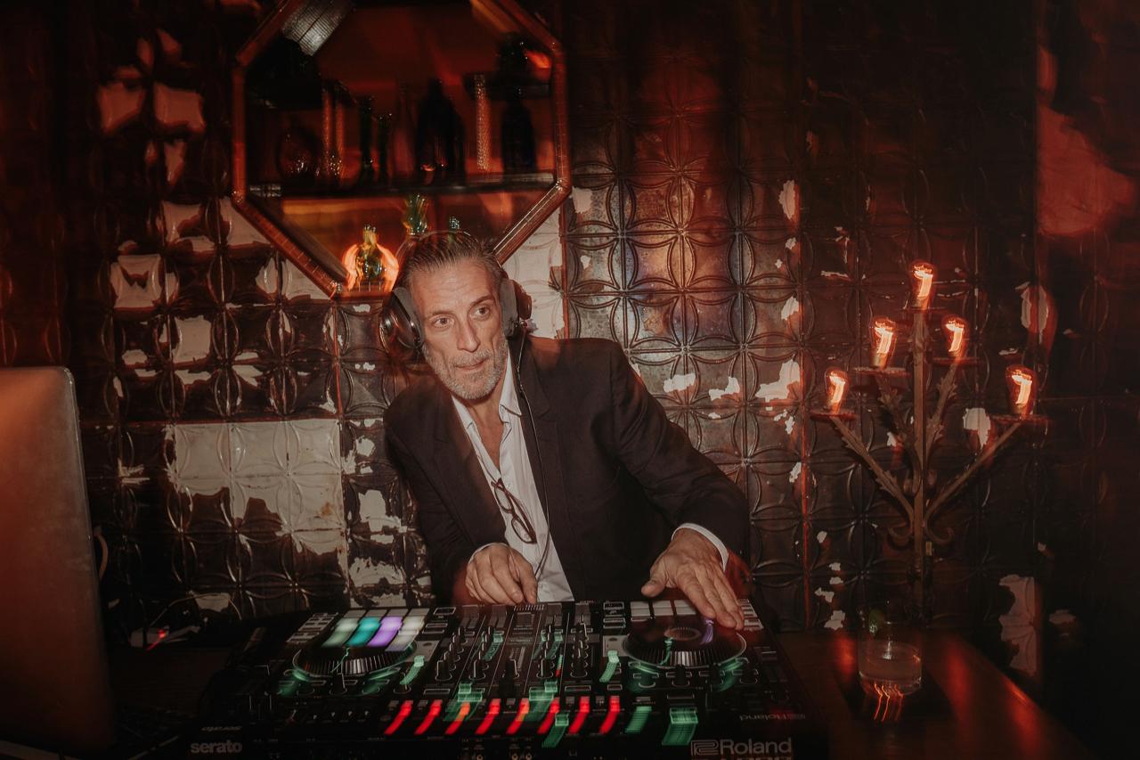 Eclectic Miami Wedding DJ.jpg