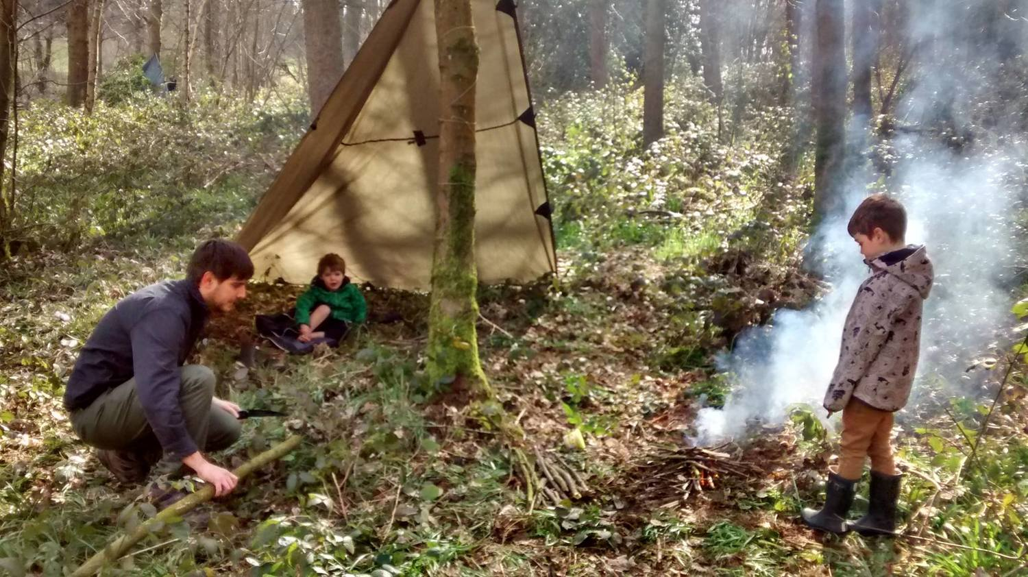 Base camps being arranged on our  Family Bushcraft Day