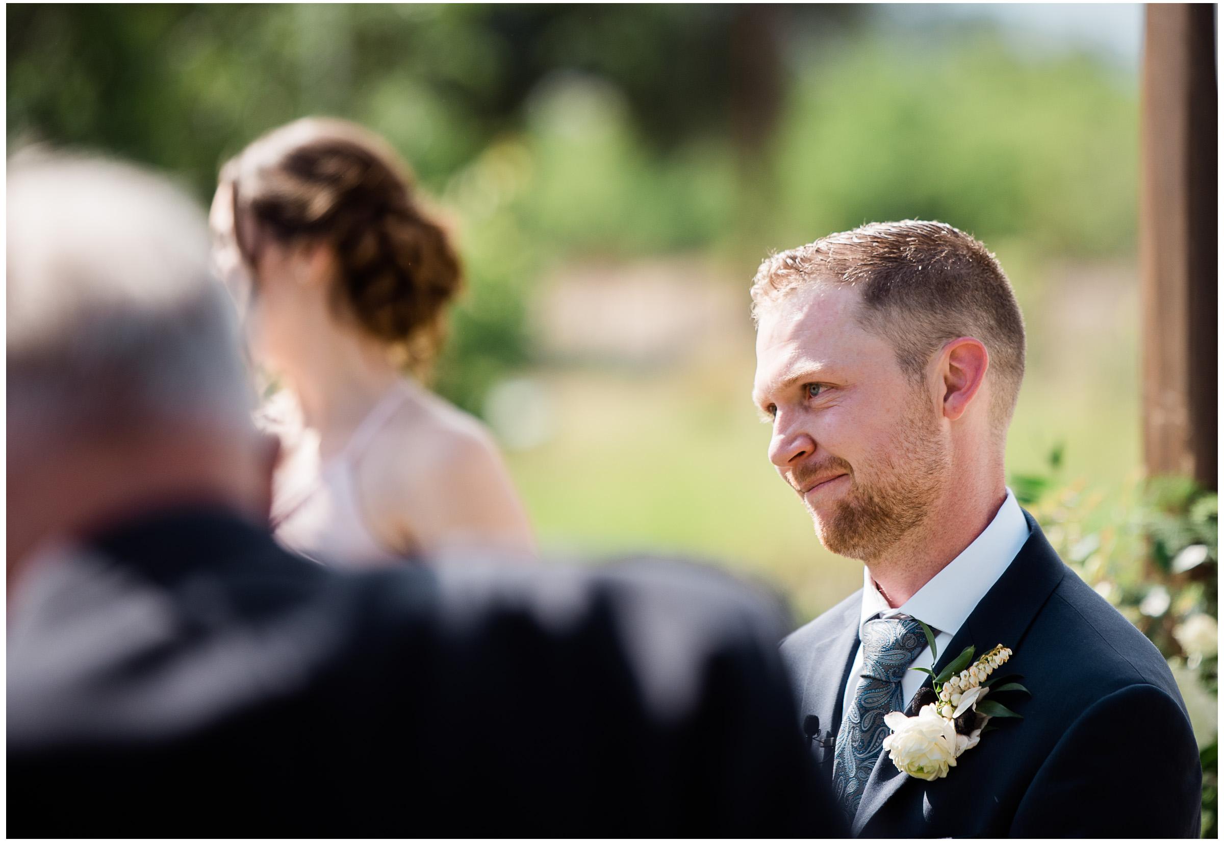 Winters Wedding - Sacramento Photographer - Field & Pond - Justin Wilcox Photography - 26.jpg