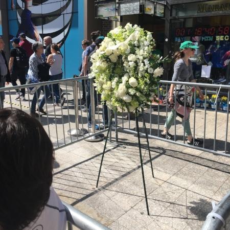 Bombing memorial wreath