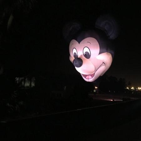 mickeyhotairballoon