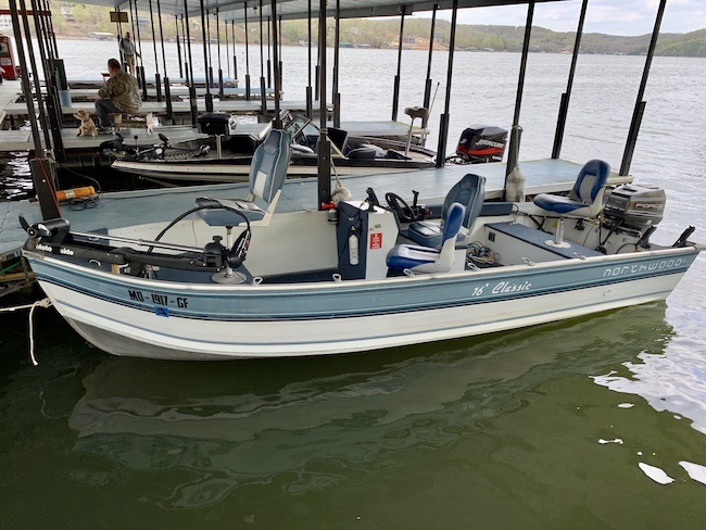 New 16 ft rental boat. 40hp motor, trolling motor and sonar