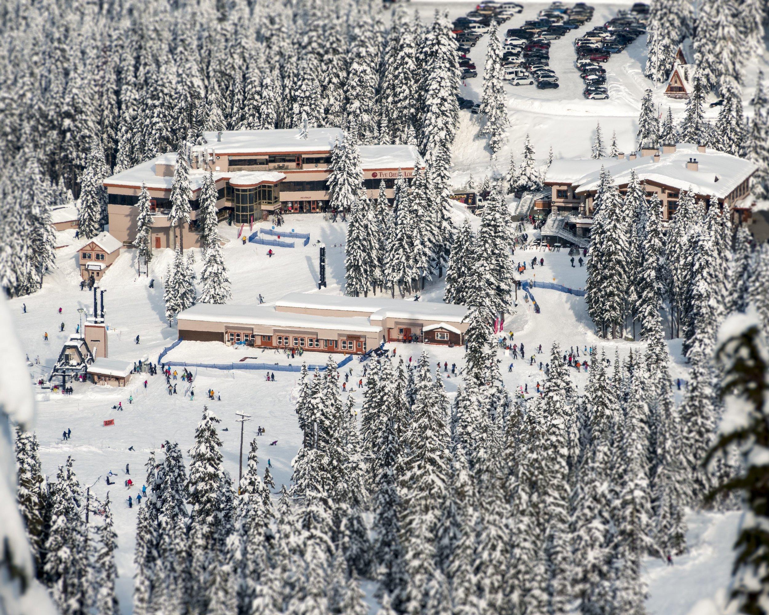 Winter_Mountain_Resort_Lodge_Base_Area.jpg