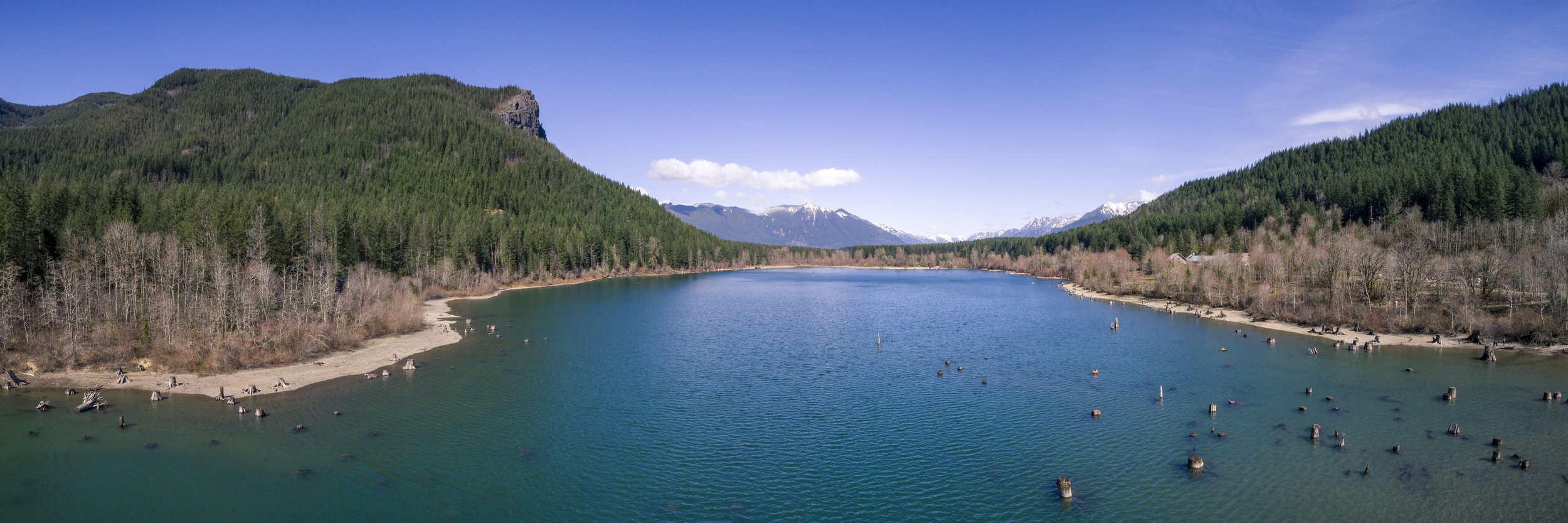 Aerial_Panorama_of_Rattlesnake_Lake_with_Ledge_and_Mt_Si_Background_WEB.jpg