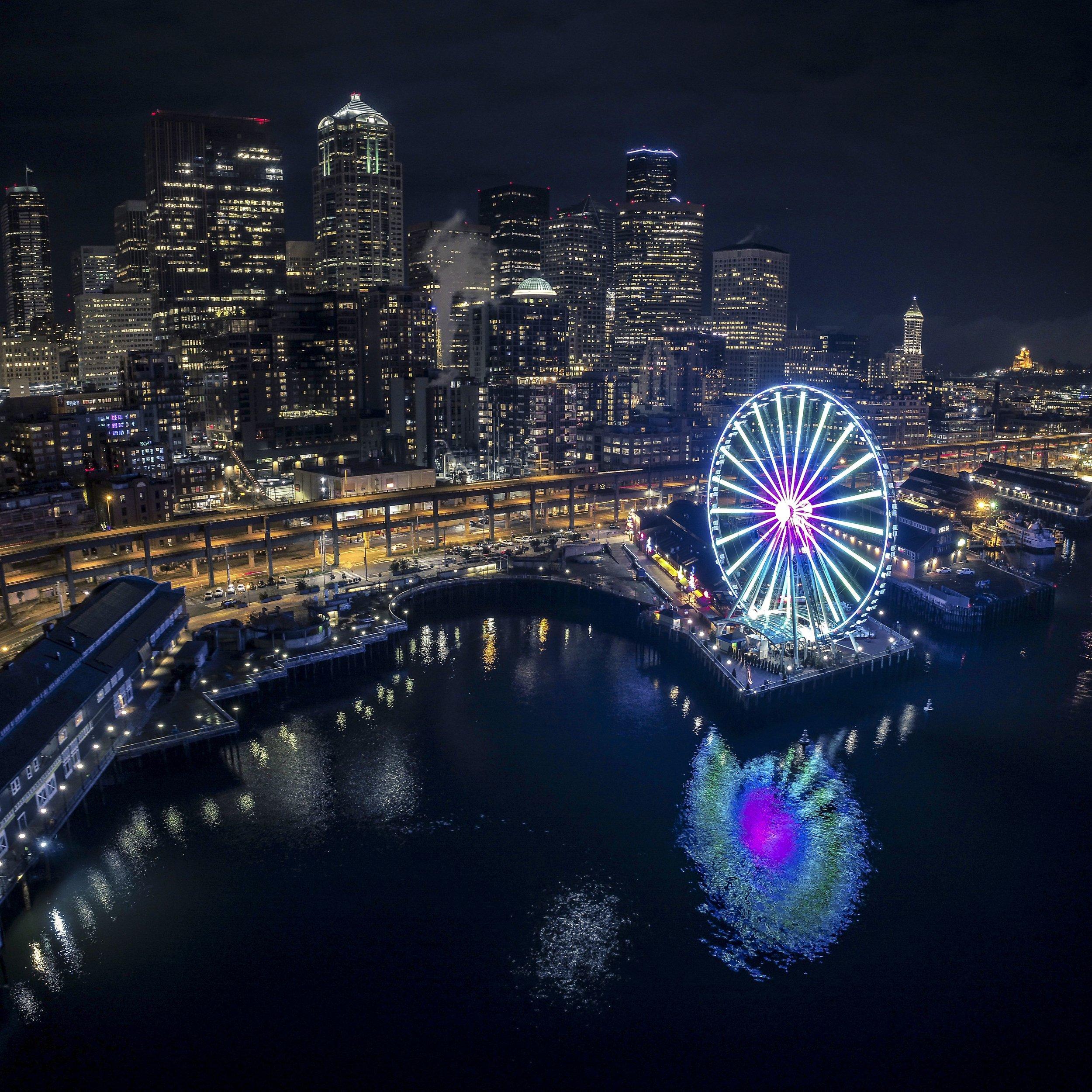 Seattle_Waterfront_Night_Aerial_of_Great_Wheel_Web.jpg
