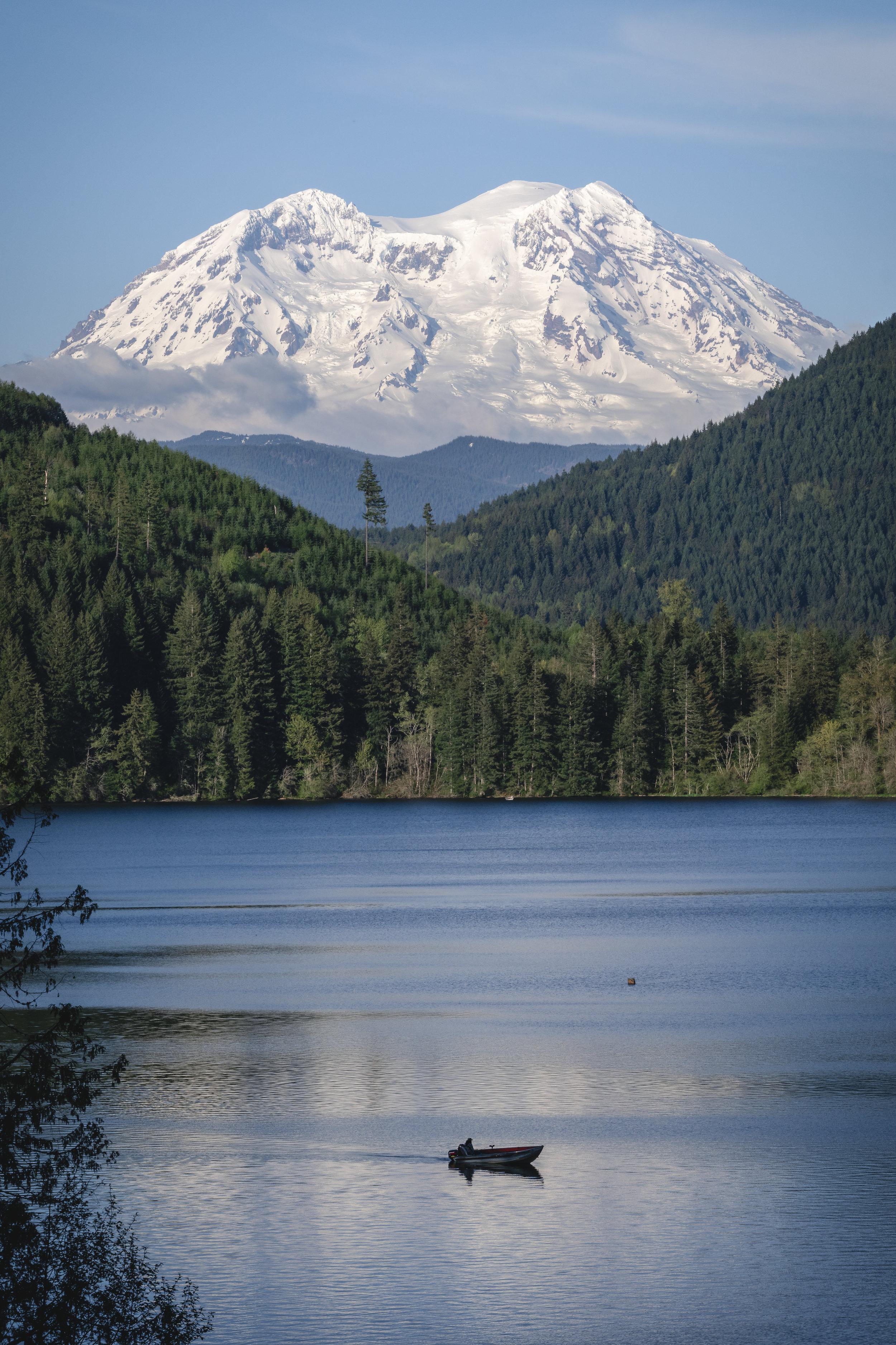 Mt_Rainier_Washington_Lake_Fishing.jpg
