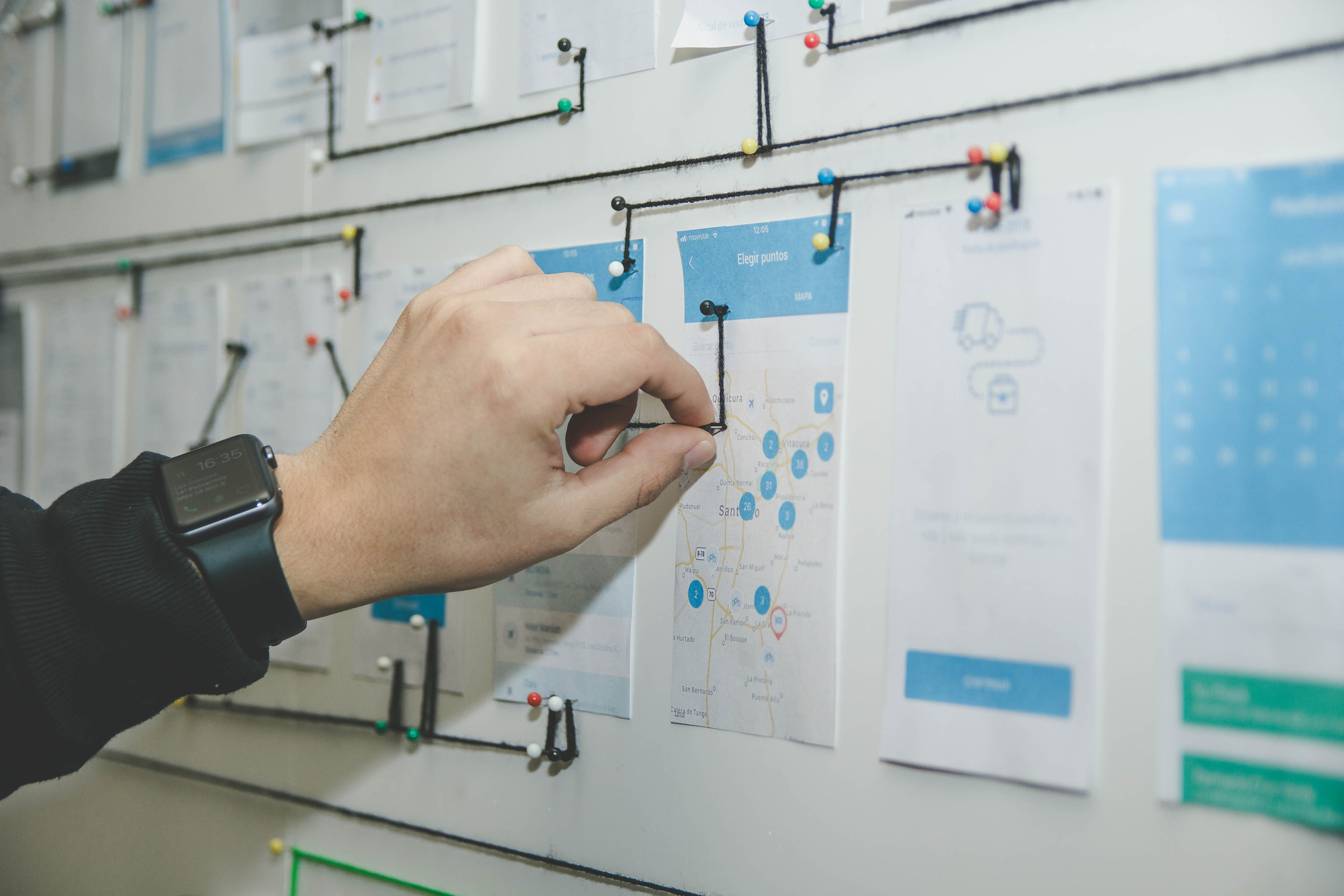 Customized roadmaps - Every project begins with a clear definition of the objectives. We help ensure there is a balance between your company preferences and the demands of customers and regulators.