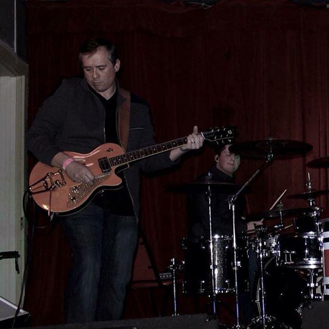 Brennen Willingham on guitars at the album release. Sweet tone.