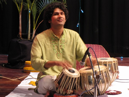 The talented Naviin Gandharv accompanying Himanshu.jpg