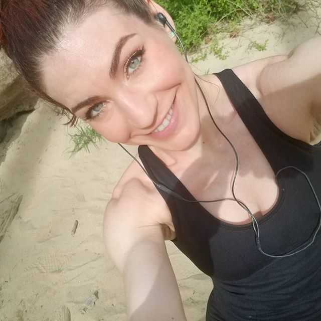 I always use my runs as an opportunity to engrave gratitude, perseverance, self-love, and empowerment onto my subconscious. I repeat #positiveaffirmations about myself and my life as I push through. The subconscious mind BELIEVES WHATEVER it is repeatedly told, whether or reality seems to match, so tell yourself everything you want to feel and believe. It works! YOU are in control. Take care of yourself like you would someone you love. Then thank yourself for it. Keep fighting! 💪 #mindset #fightdepression #changeyourlife #seenonmyrun #enjoythejourney #exerciseismedicine #trailrunning #happiness #goals #success #lifeisajourney #adventure #nature #springtime #gratitude #grateful #determination #perseverance #runner #selflove #loveyourself #empowerment #foodisfuel #doyourbest #getoutside