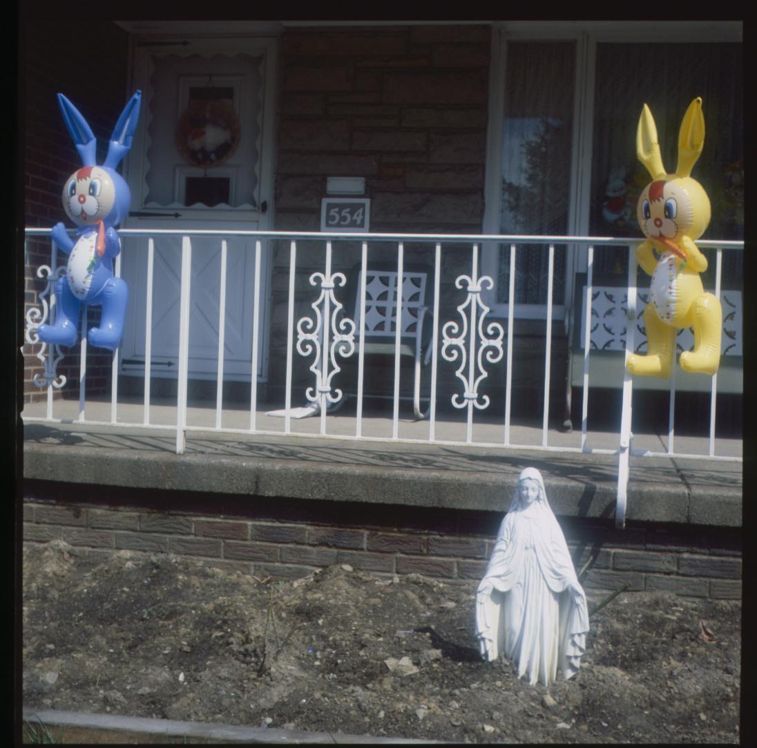 marlos_1987_madonna_2_easter_bunnies.jpg