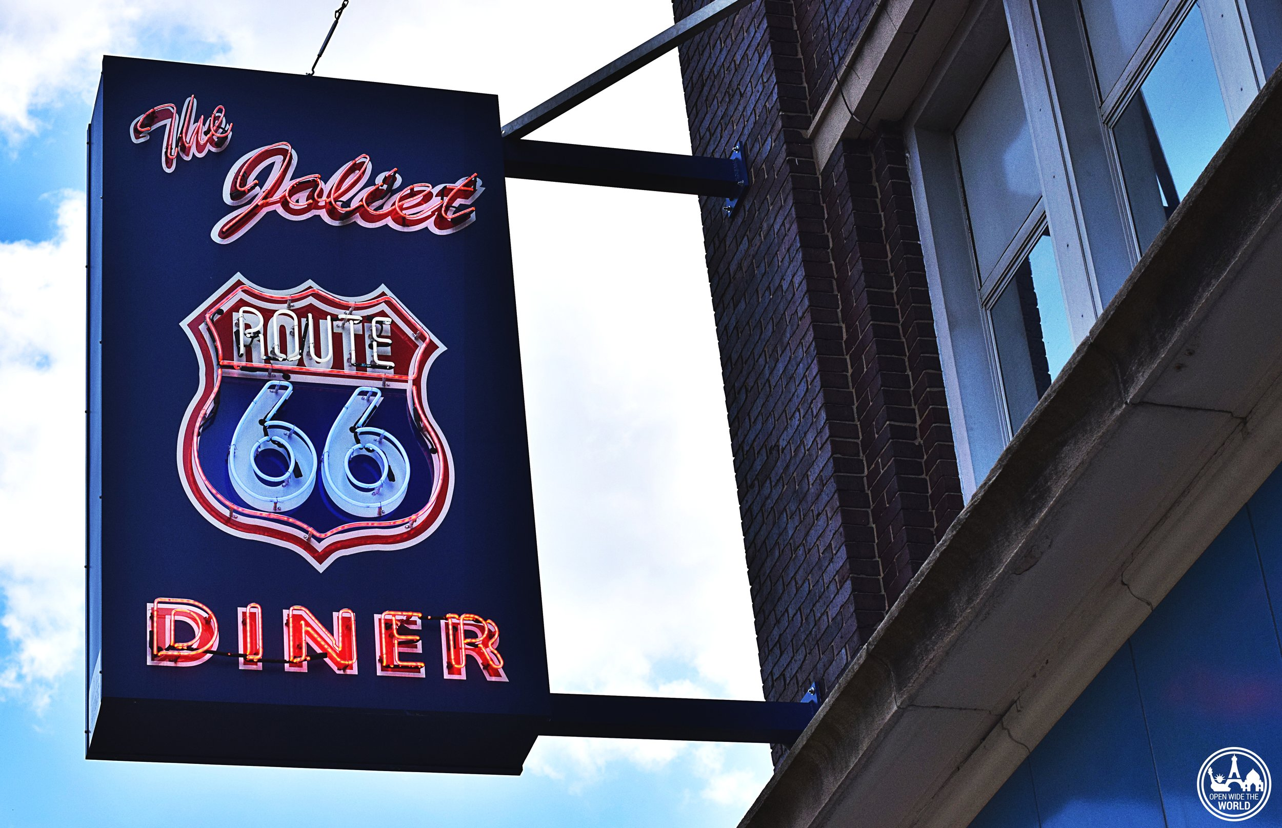 Featuring photo props, food stops, and educational opps, Joliet is a great first stop heading west on Route 66! #route66 #openwidetheworld
