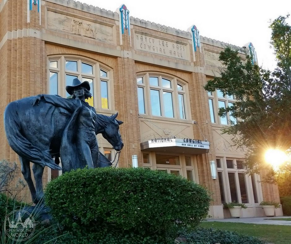 Check out our 1-day itinerary on the western frontier at Fort Worth Stockyards Station National Historic District. Includes a cattle drive, walking tours, and all things cowboy! #fortworth #stockyardstation #texas #cowboy #travel #UStravel