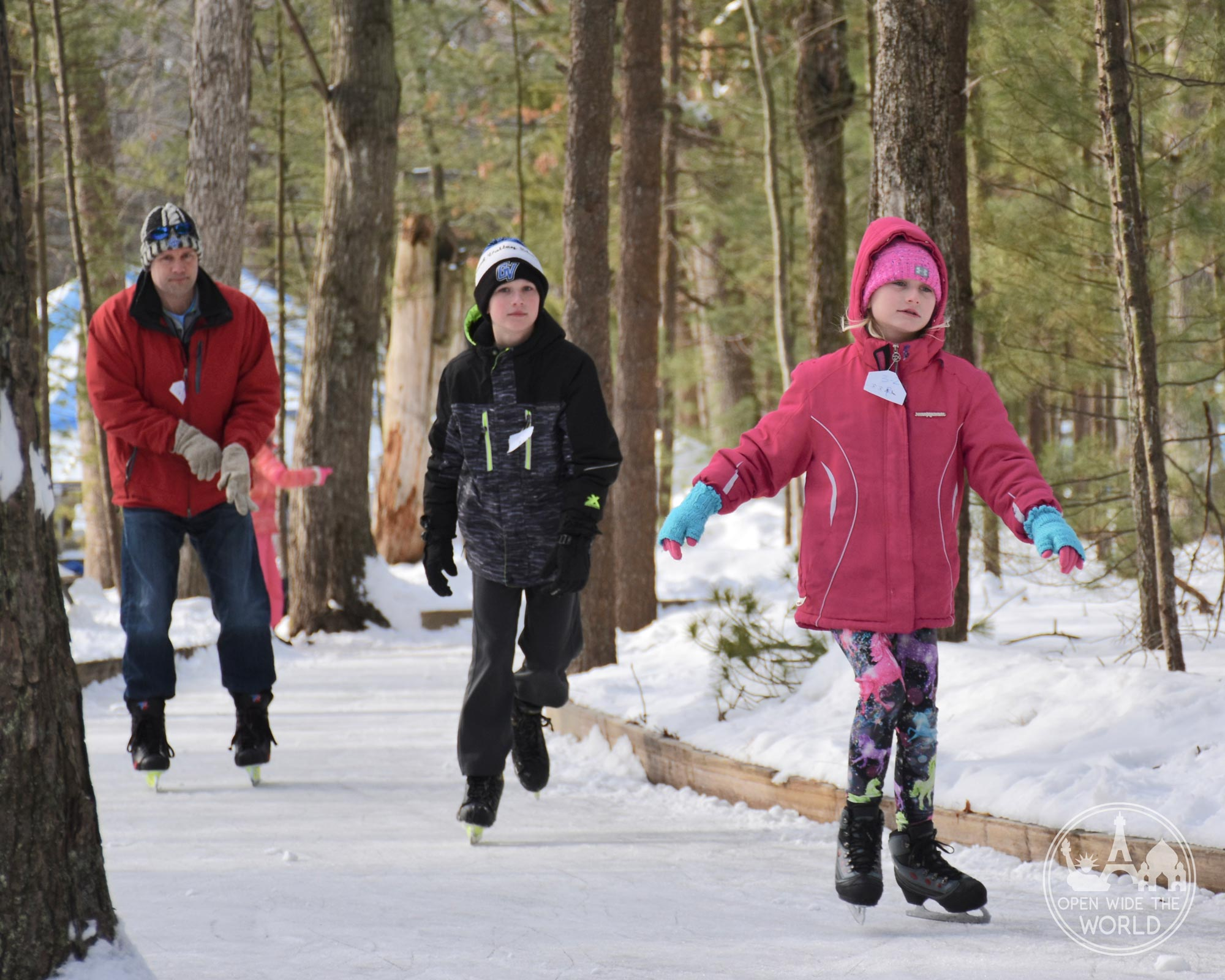Muskegon Winter Sports Complex is home to two acres of ice skating trails and ice rinks. A fun winter activity in West Michigan! #iceskating #openwidetheworld