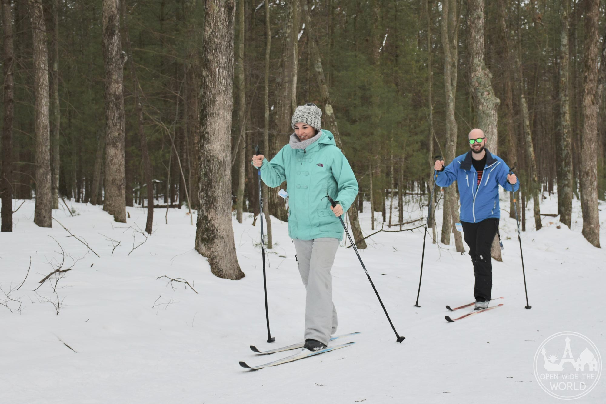 Cross-country skiing in Muskegon Winter Sports Complex is perfect for beginners and expert skiers! Fun winter activities in West Michigan #xcountryskiing #openwidetheworld