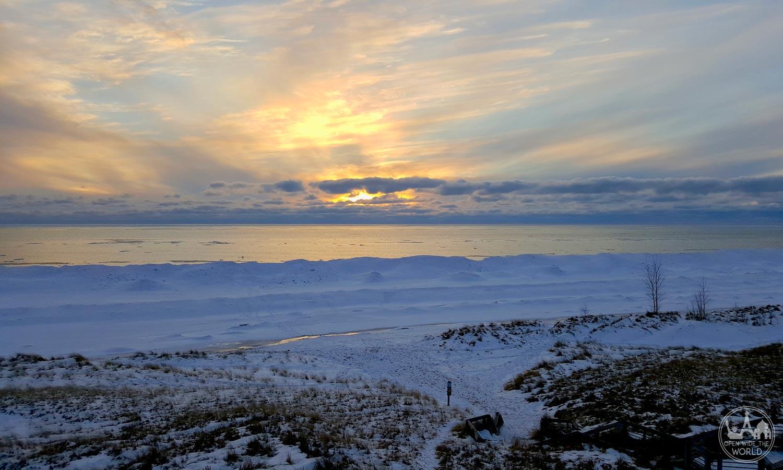 Sunset at Muskegon State Park, along Muskegon Winter Sports Complex's Lake Michigan Loop snowshoe trail. #wintersunset #openwidetheworld