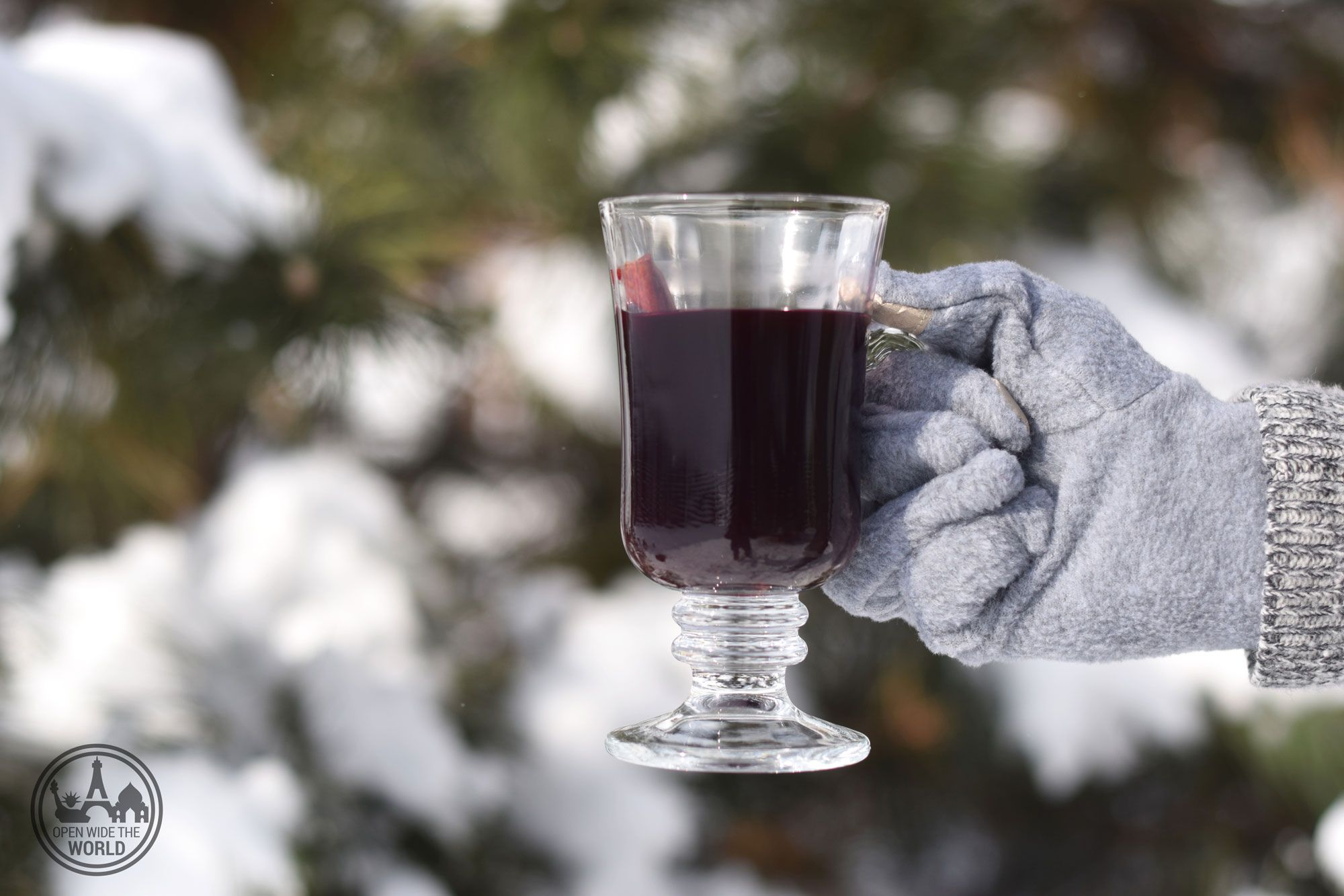 For the times when you can't travel at Christmas, why not bring the world festivities home? Recipes for our five favorite holiday cocktails from around the world! #cocktails #openwidetheworld