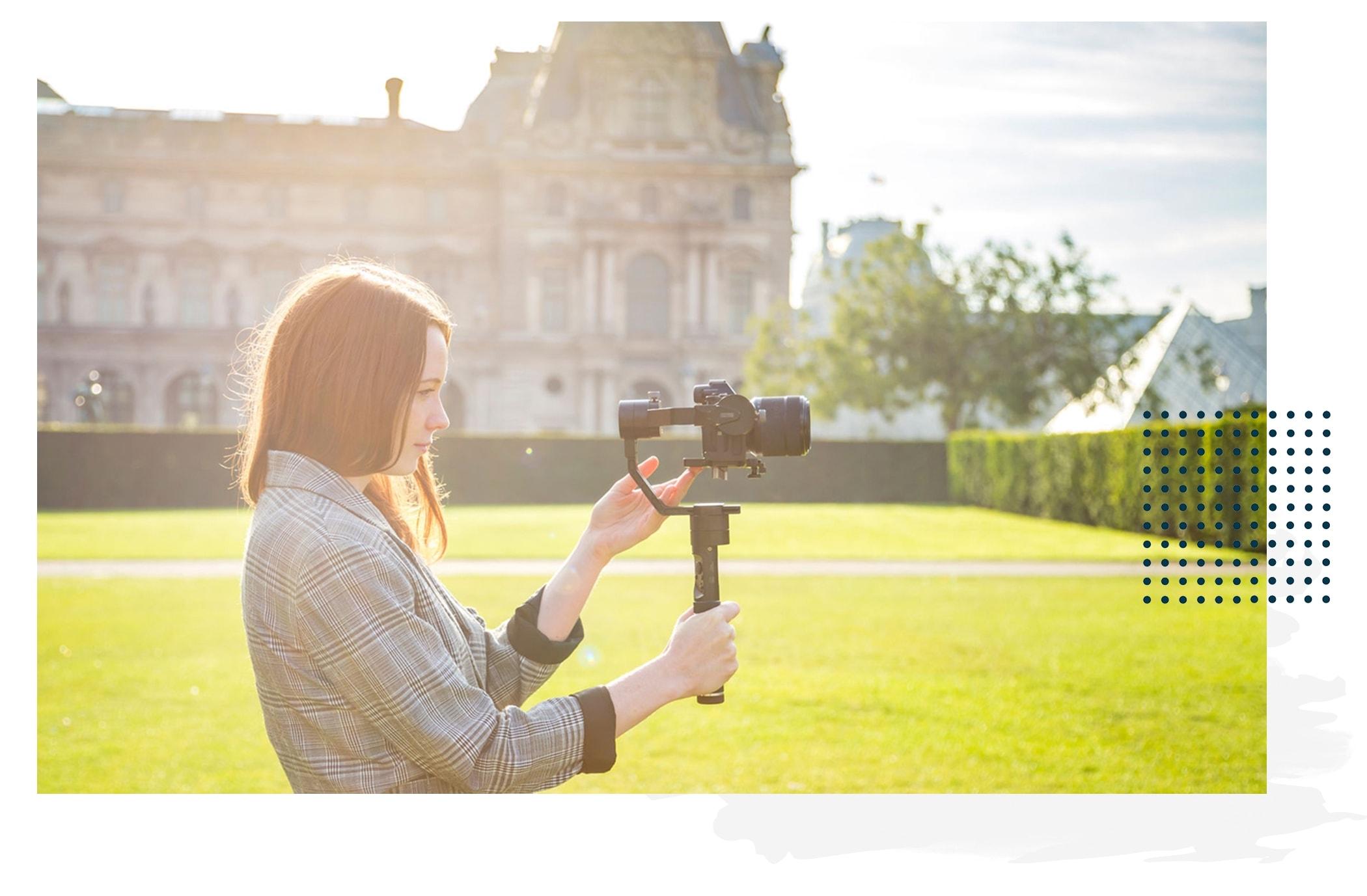 AptoMedia_videographer for entrepreneurs_about_page_header.jpg