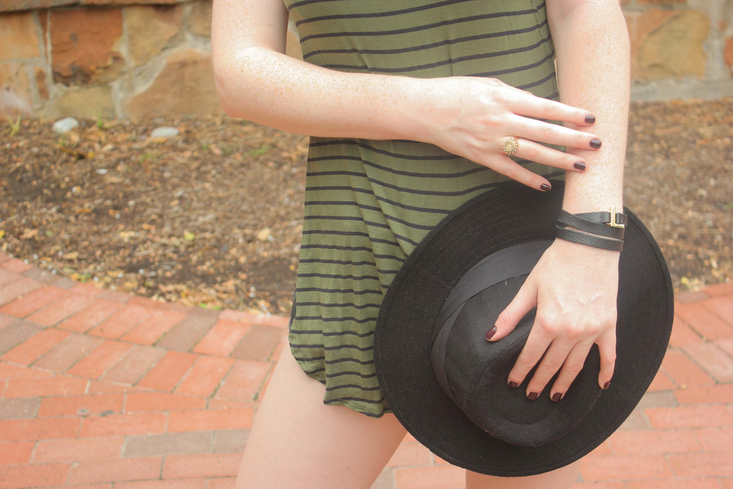 olive high-slit tunic, one teaspoon shorts, BC wedges, felt hat