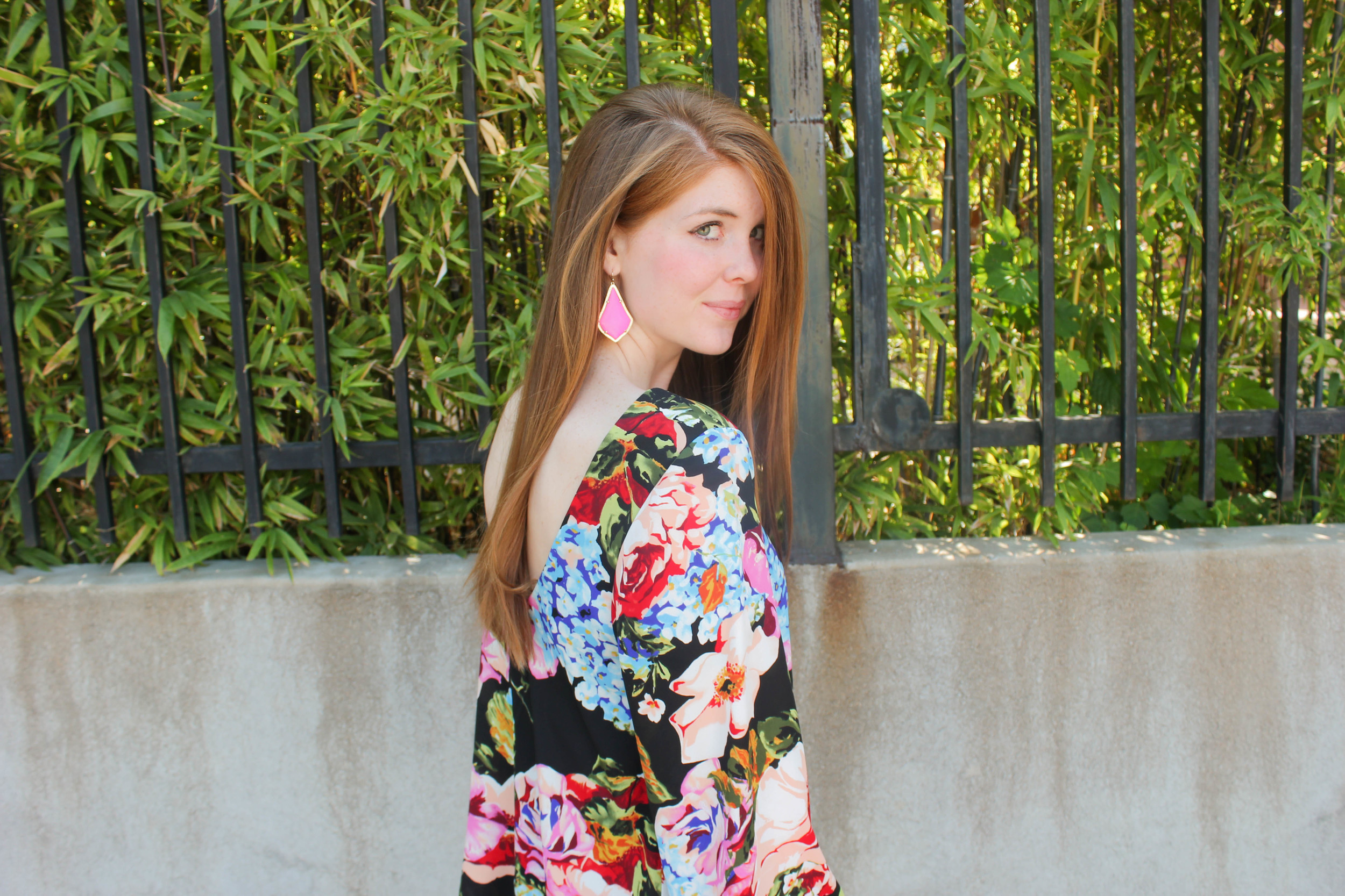 show me your mumu country garden top, kendra scott alexandria earrings