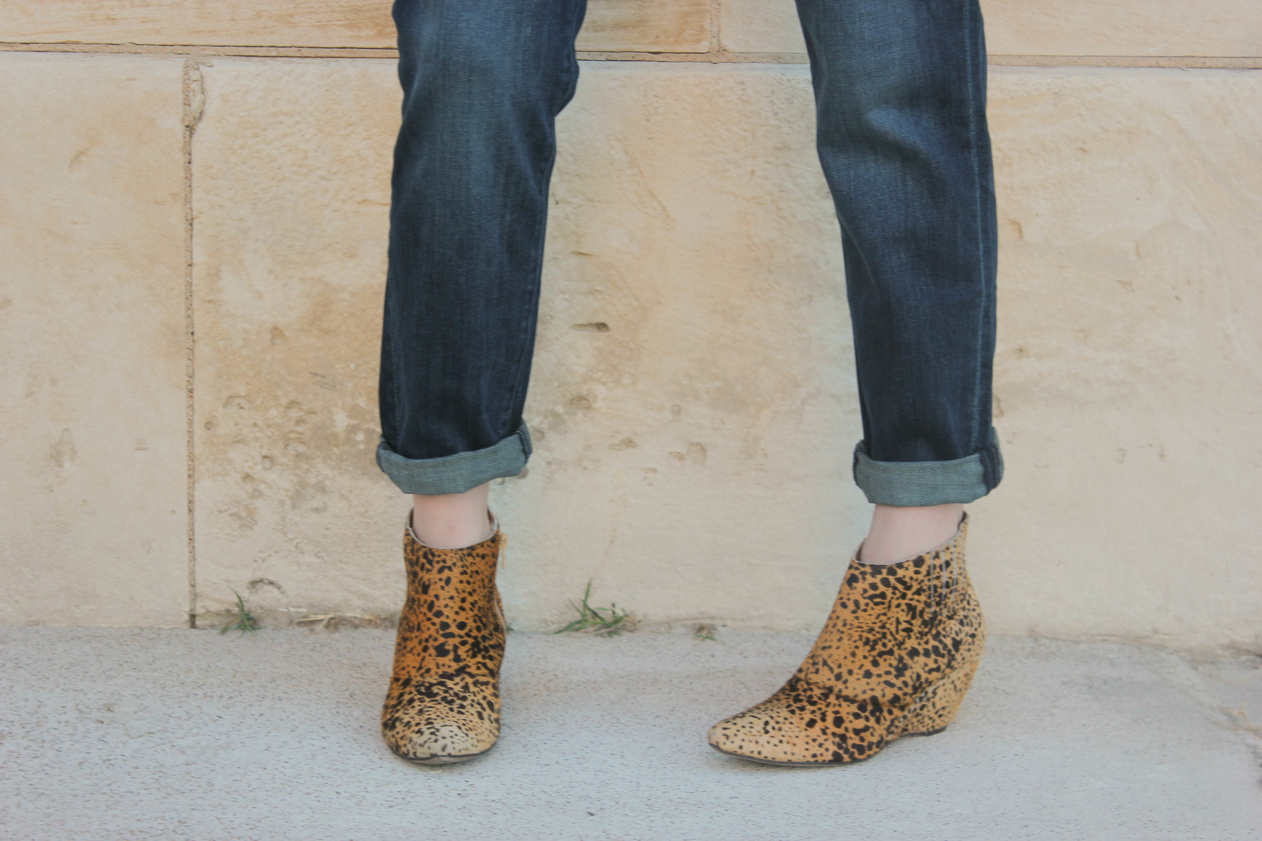 DL Riley Boyfriend Jeans in Nassau, Matisse Nugent Booties