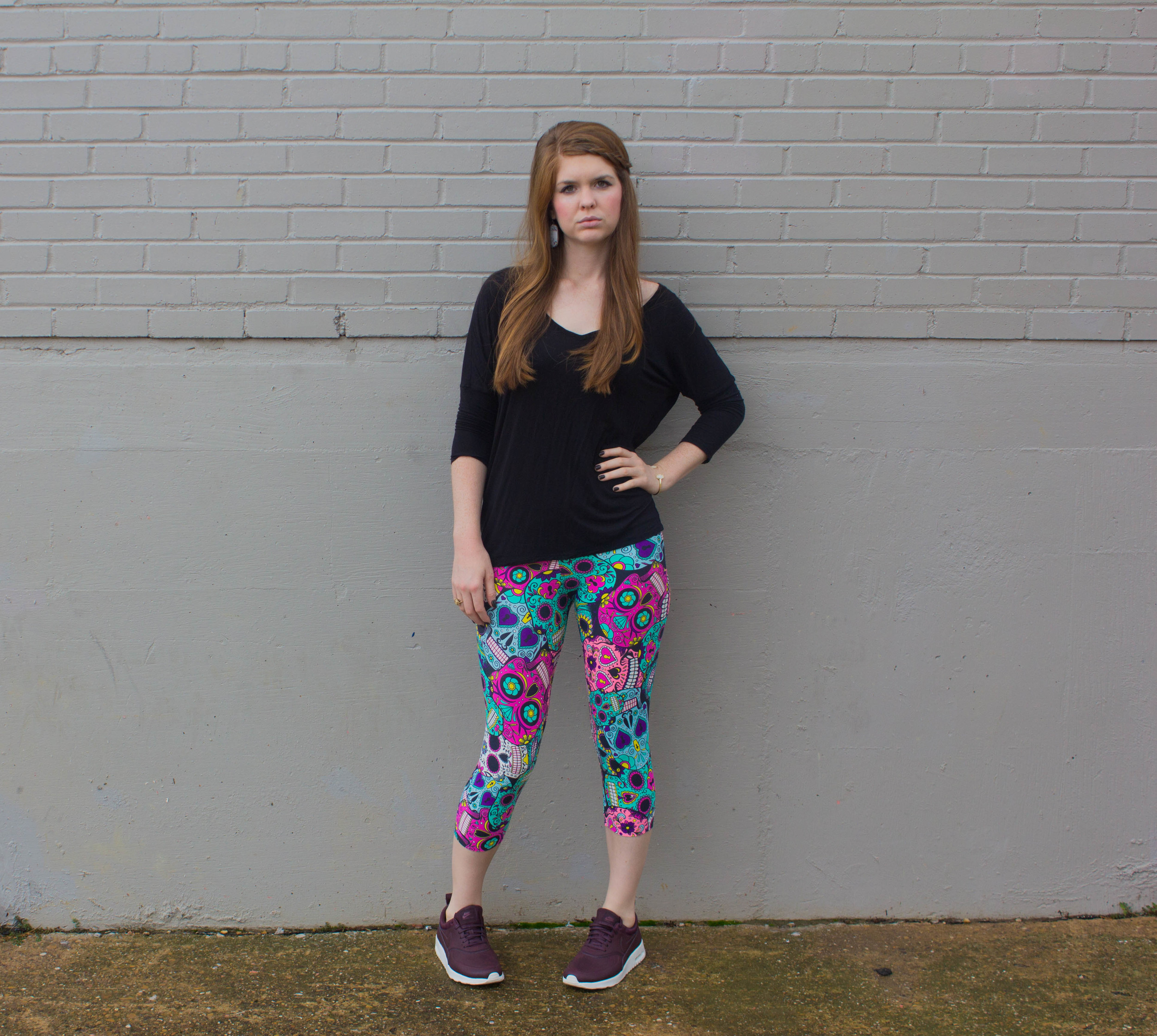 kast fitness wear, sugar skull leggings, kit and ace top, nike air max thea tennis shoes
