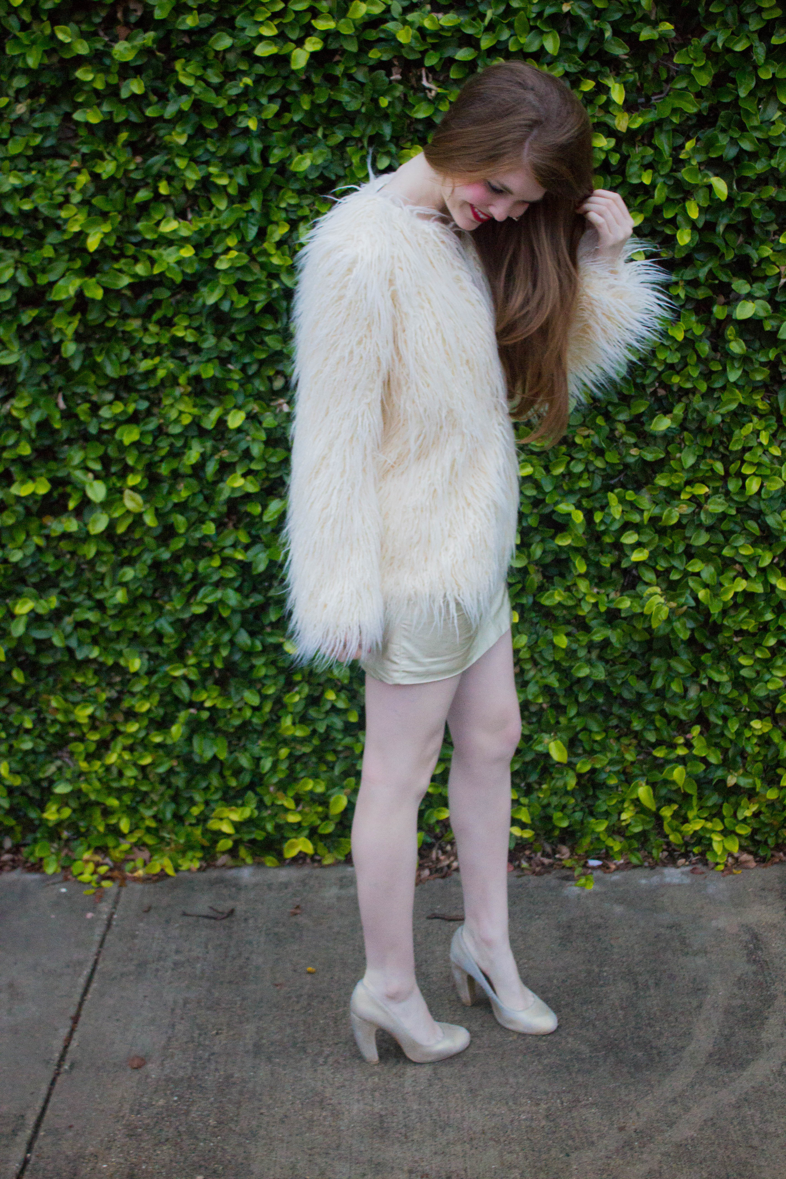 mink pink gold dress, show me your mumu bohemia faux fur jacket, christmas party dress guide