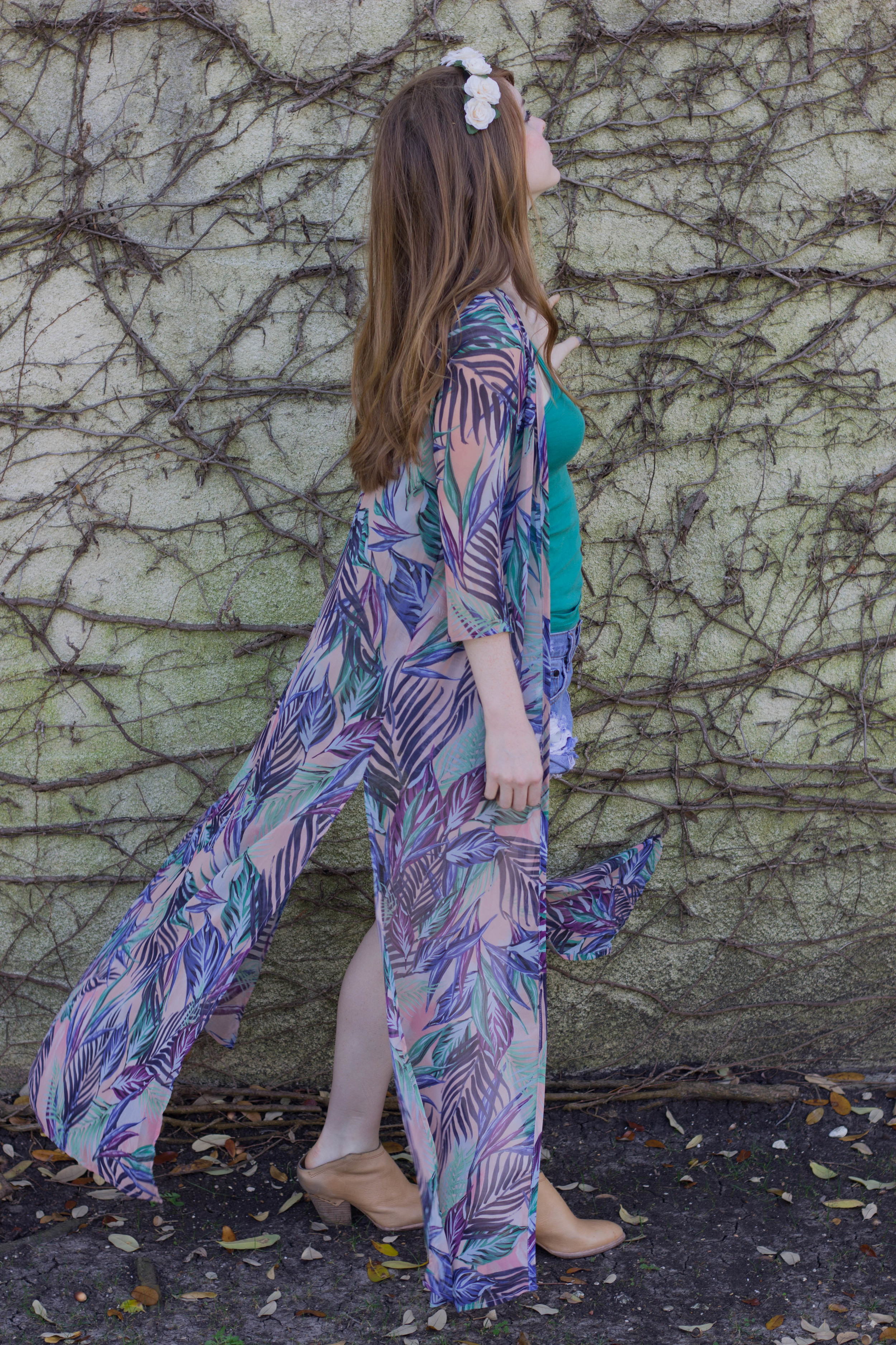 show me your mumu karmyn cape kimono palm fundyay, one teaspoon bandits, dolce vita haku booties, flower crown