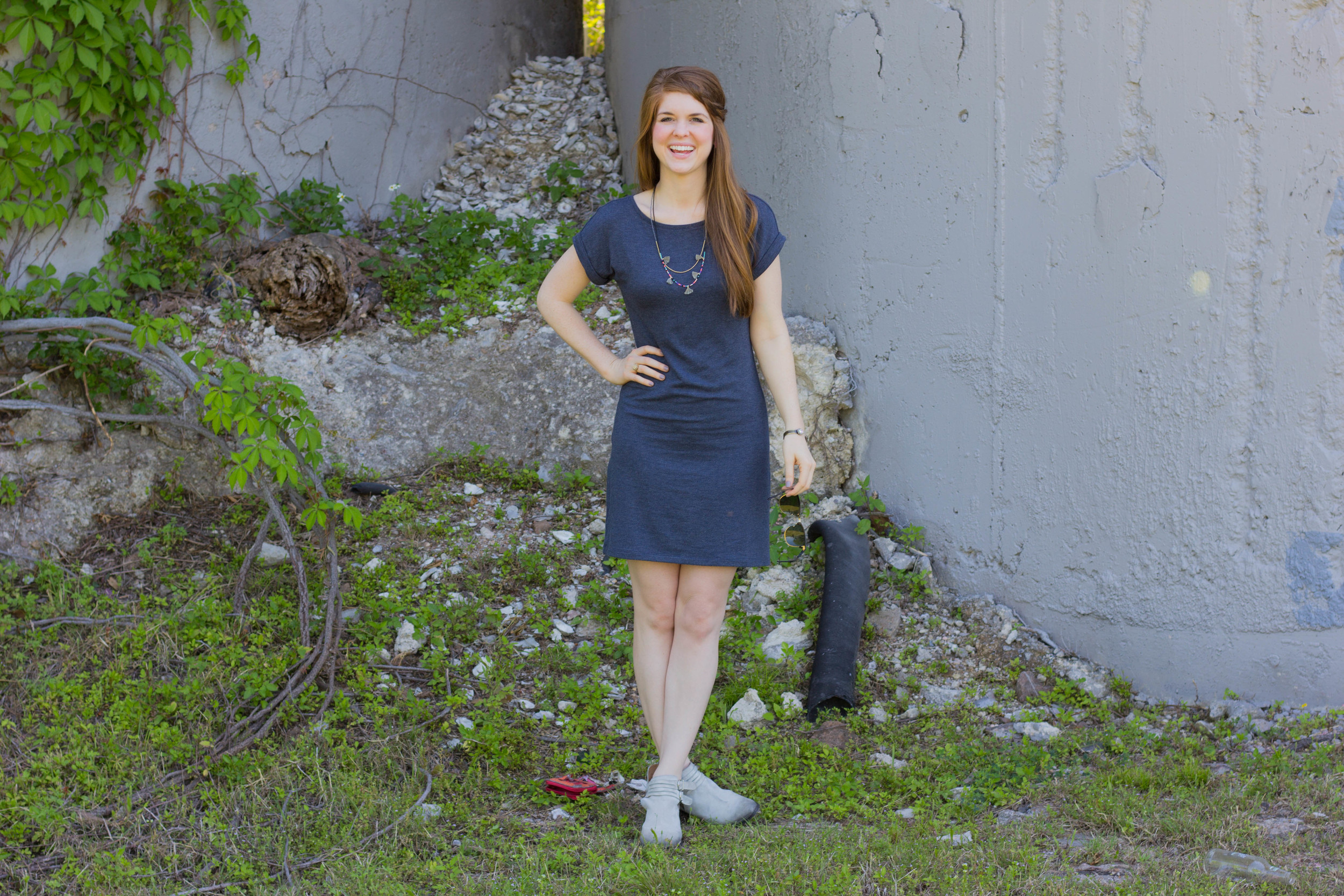 lou and grey t shirt dress, rebel callista booties, fringe tassel necklace, rayban clubmasters