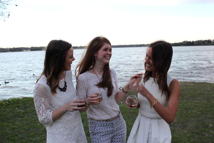 Sociologie wines, wine, friends, j crew lace top, white rock lake