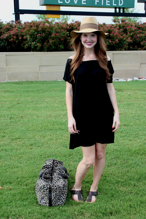 piko tunic, leopard weekender bag, travel style, what to wear to an airport