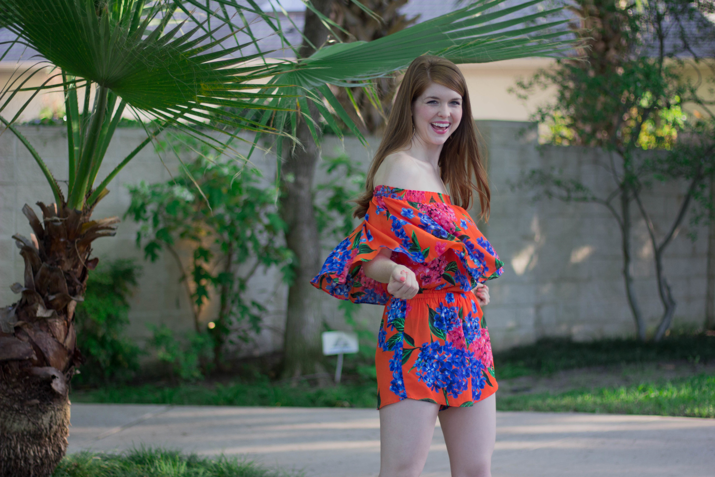 show me your mumu bahama bloom, off the shoulder romper, palm trees, vacation, travel style, tropical, kendra scott sophee earrings, steve madden brown leather wedges