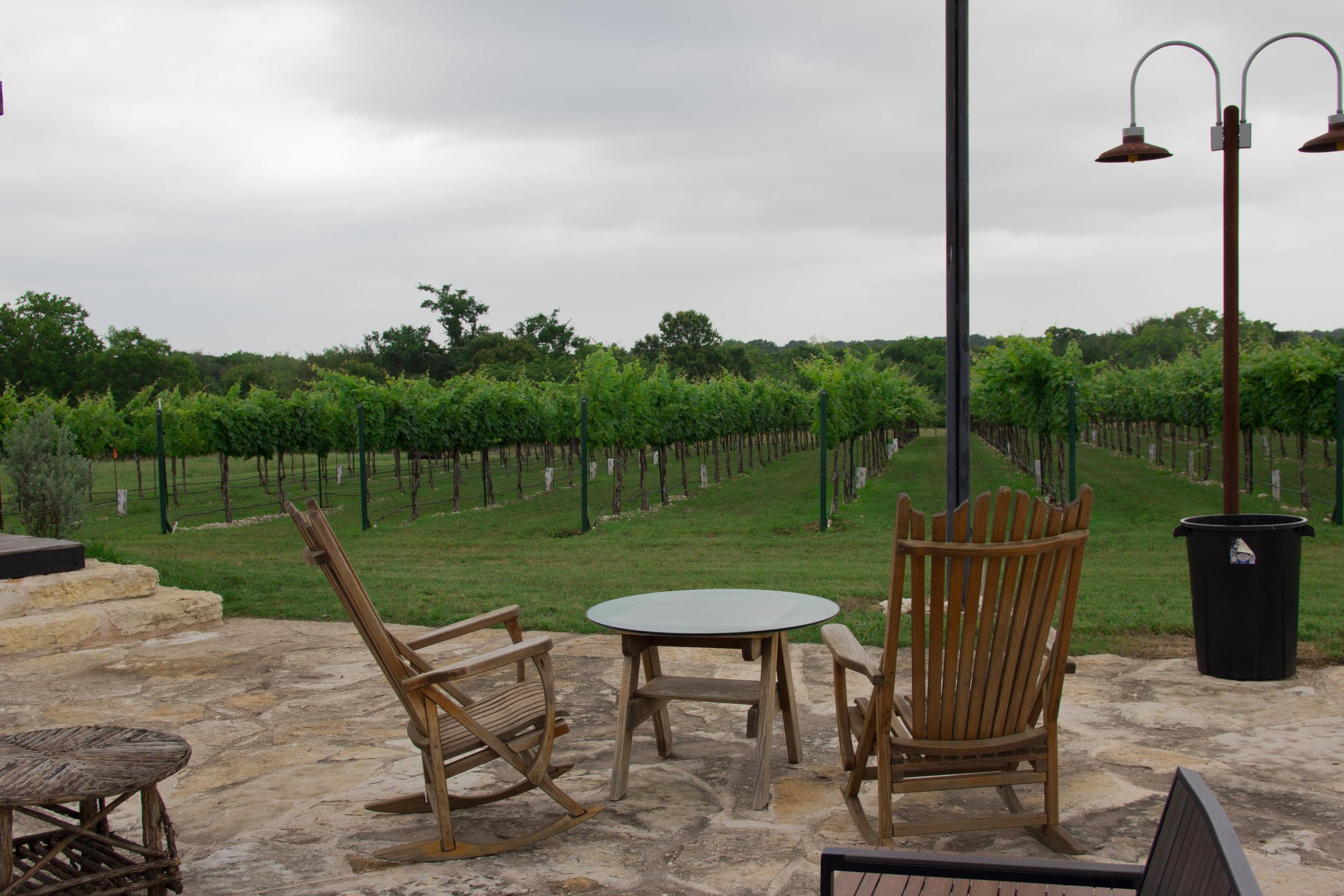ark and co white mesh striped dress, waco, meridian, texas winery, vineyards, wine, karen walker super sunglasses, halogen valentino rockstud flats, kendra scott lauren flats