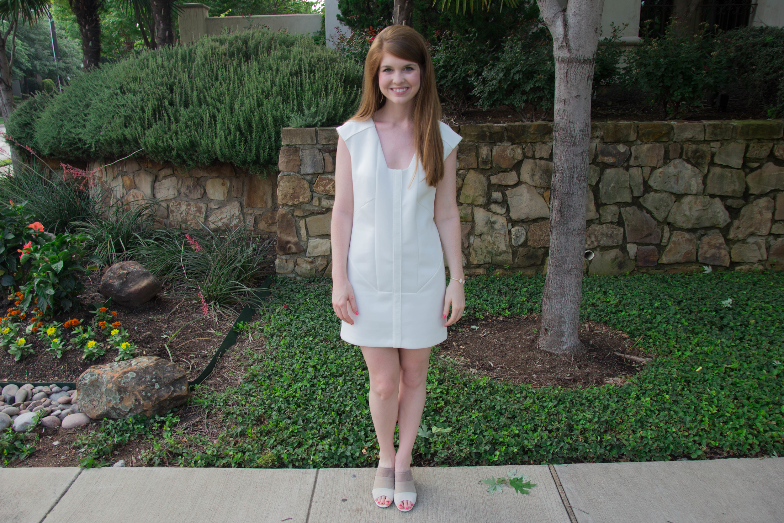cultro dumbo white dress, scuba dress, how to wear white when you're pale, hush puppies suede slides, kendra scott druzy cuff